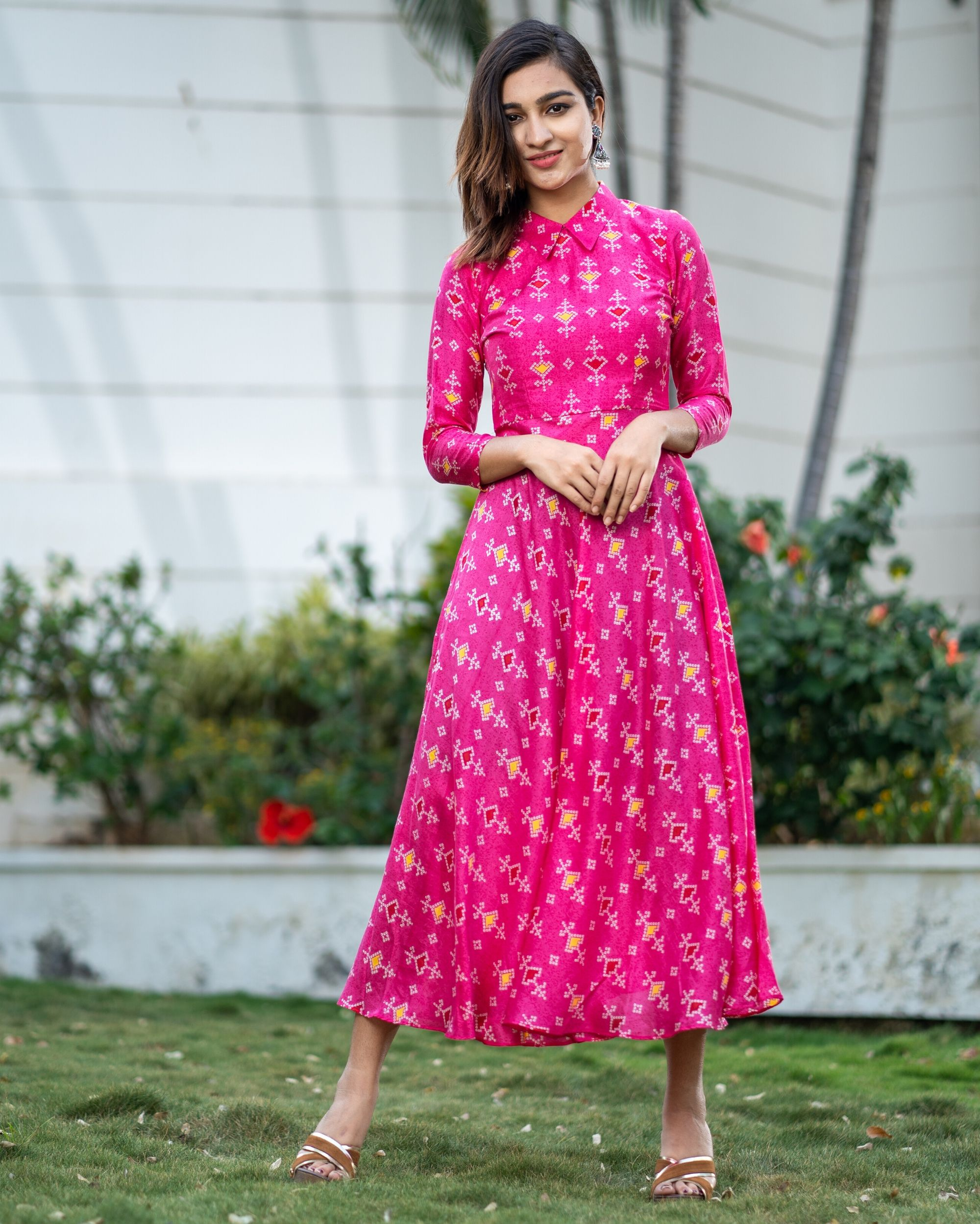 Magenta pink bandhani collar dress