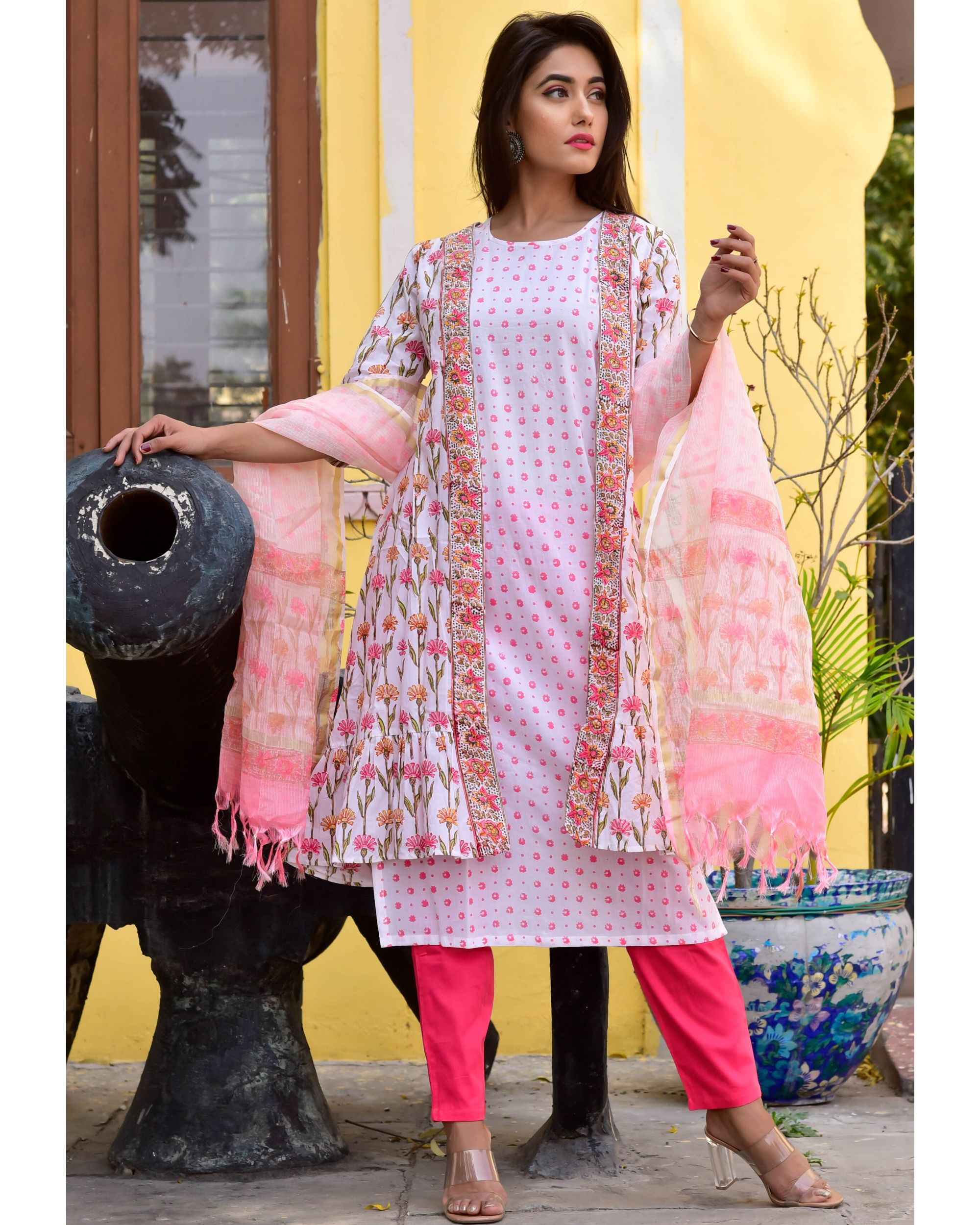 White and pink floral kurta, jacket and pants with dupatta- Set Of Four