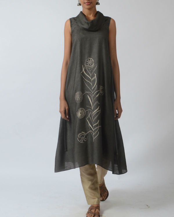 Grey tussar tunic with cowl neckline