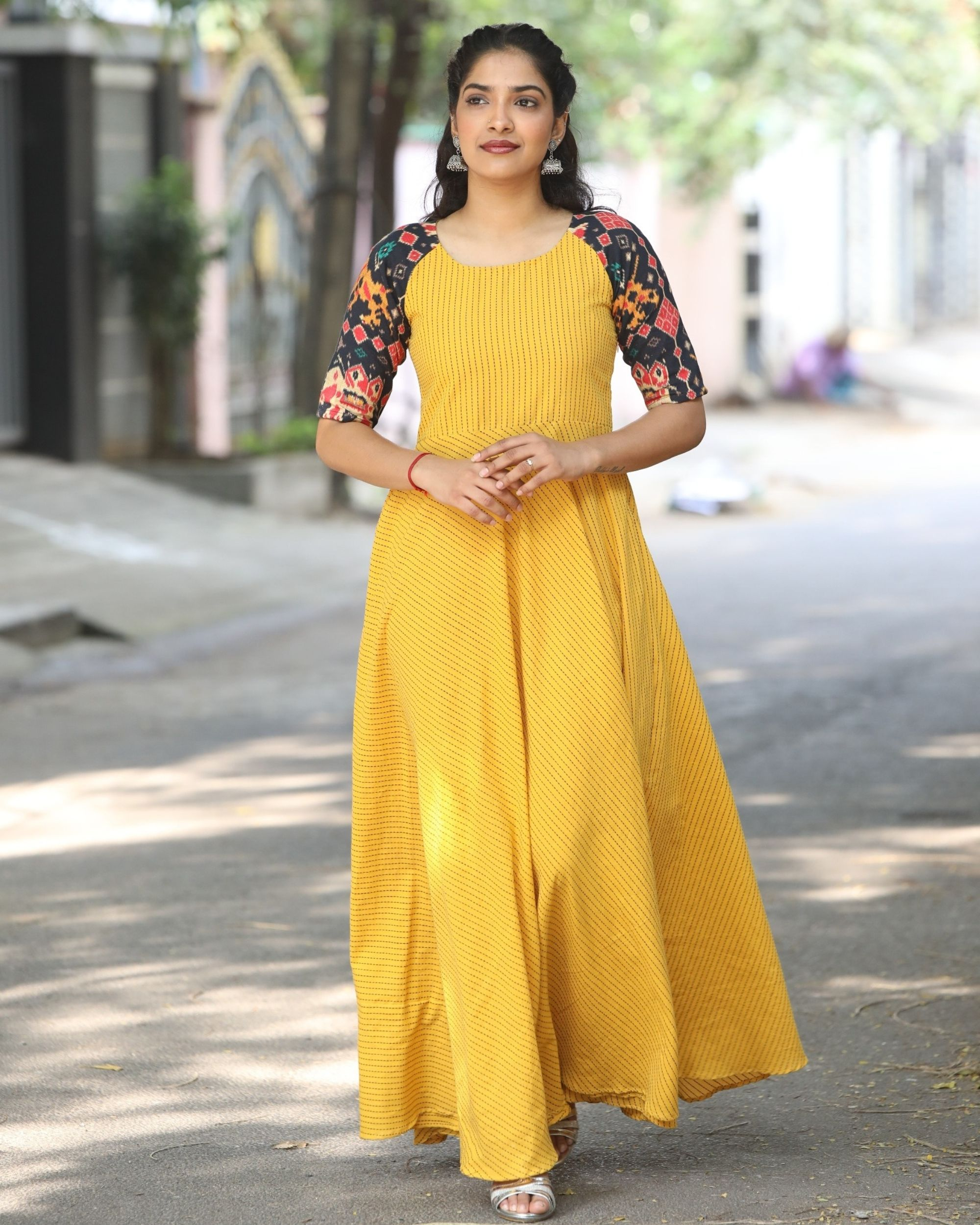 Yellow raglan maxi dress with contrast sleeves