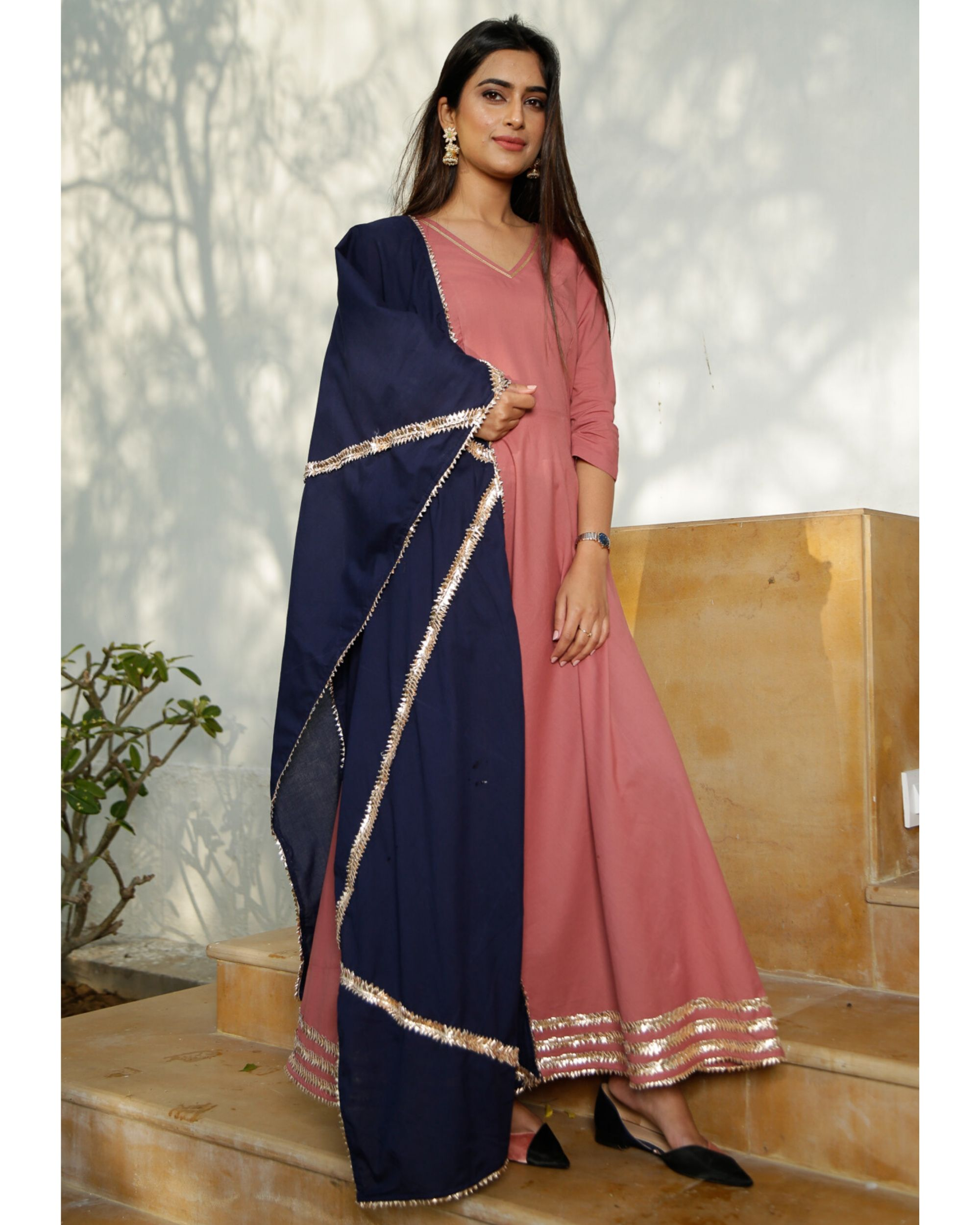 Blush pink gota kurta with blue dupatta- Set Of Two