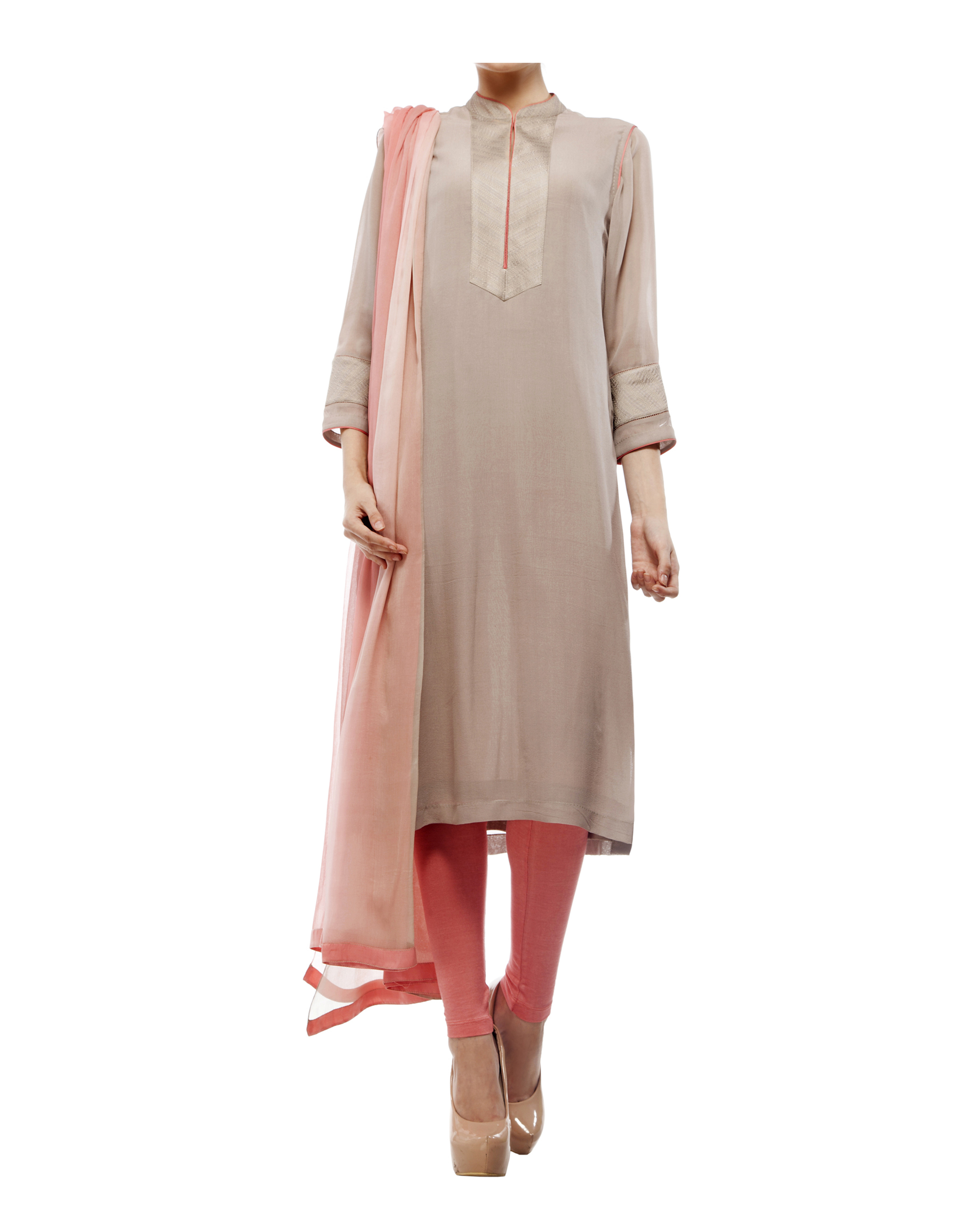 Kantha yoke kurta, comes with a legging and chiffon dupatta