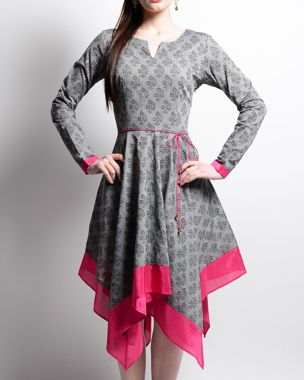 Grey and pink mangalgiri tunic