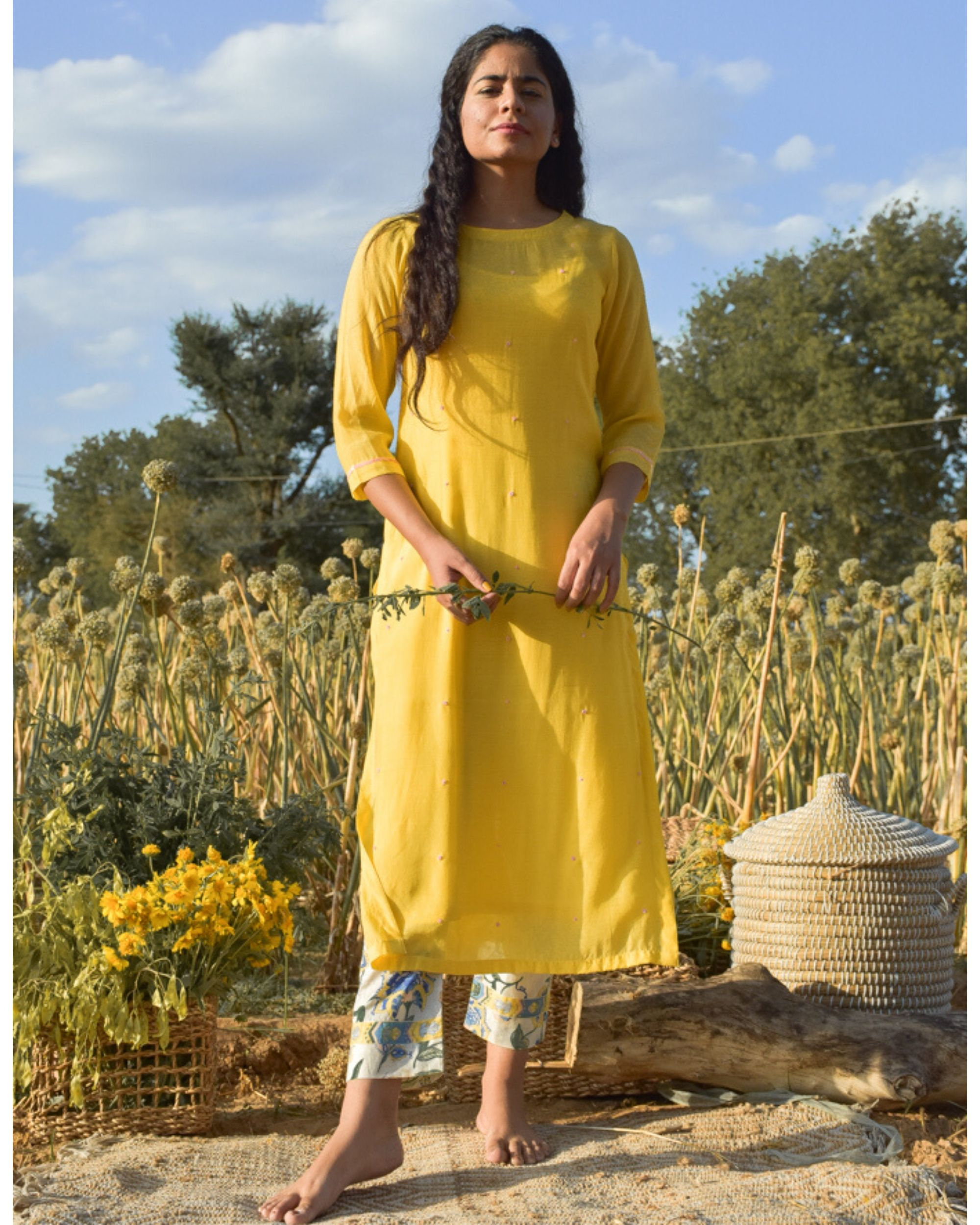 Yellow embroidered kurta with beads detailing