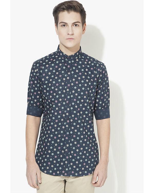 Blue turtle printed casual shirt