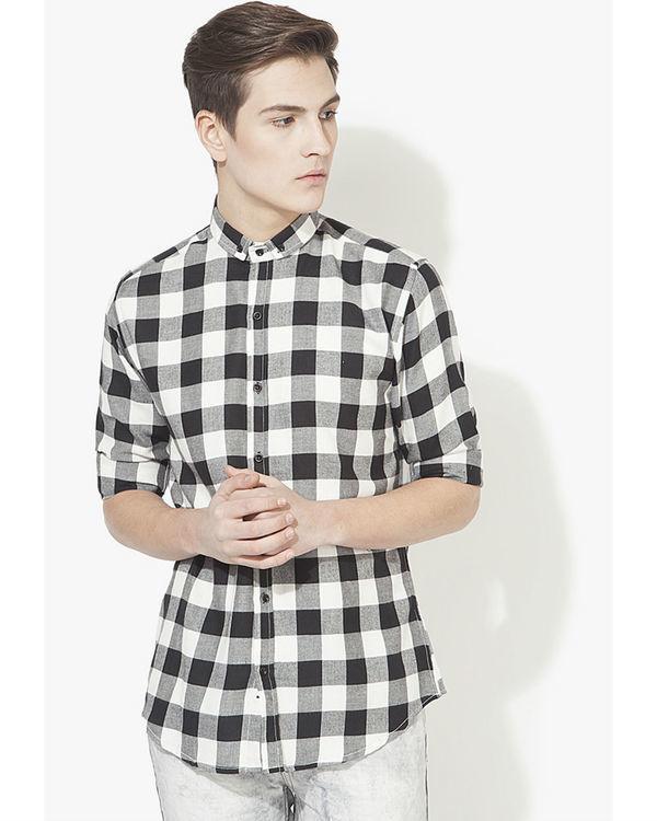 Black & white checks casual shirt