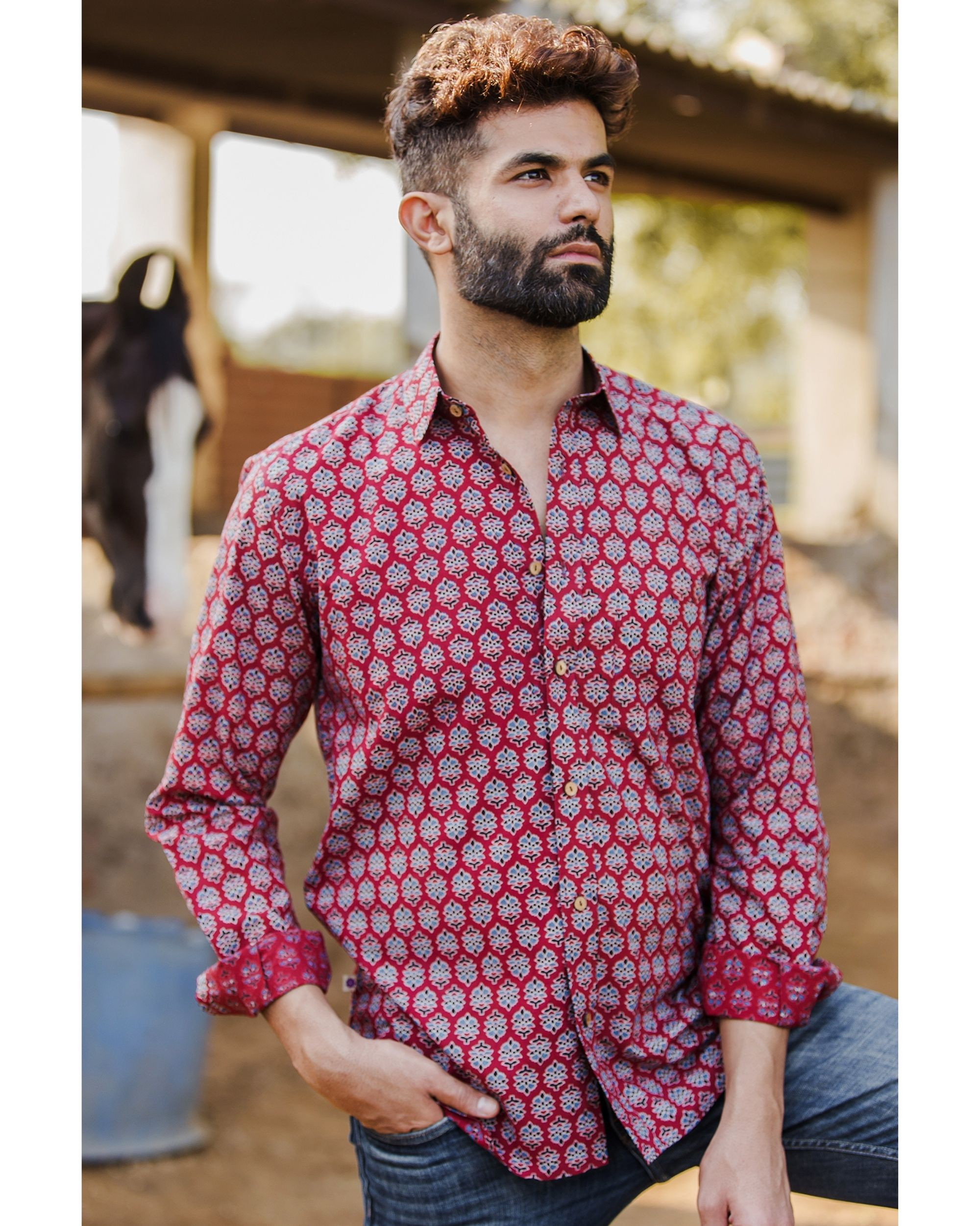 Red and blue gulbaag shirt