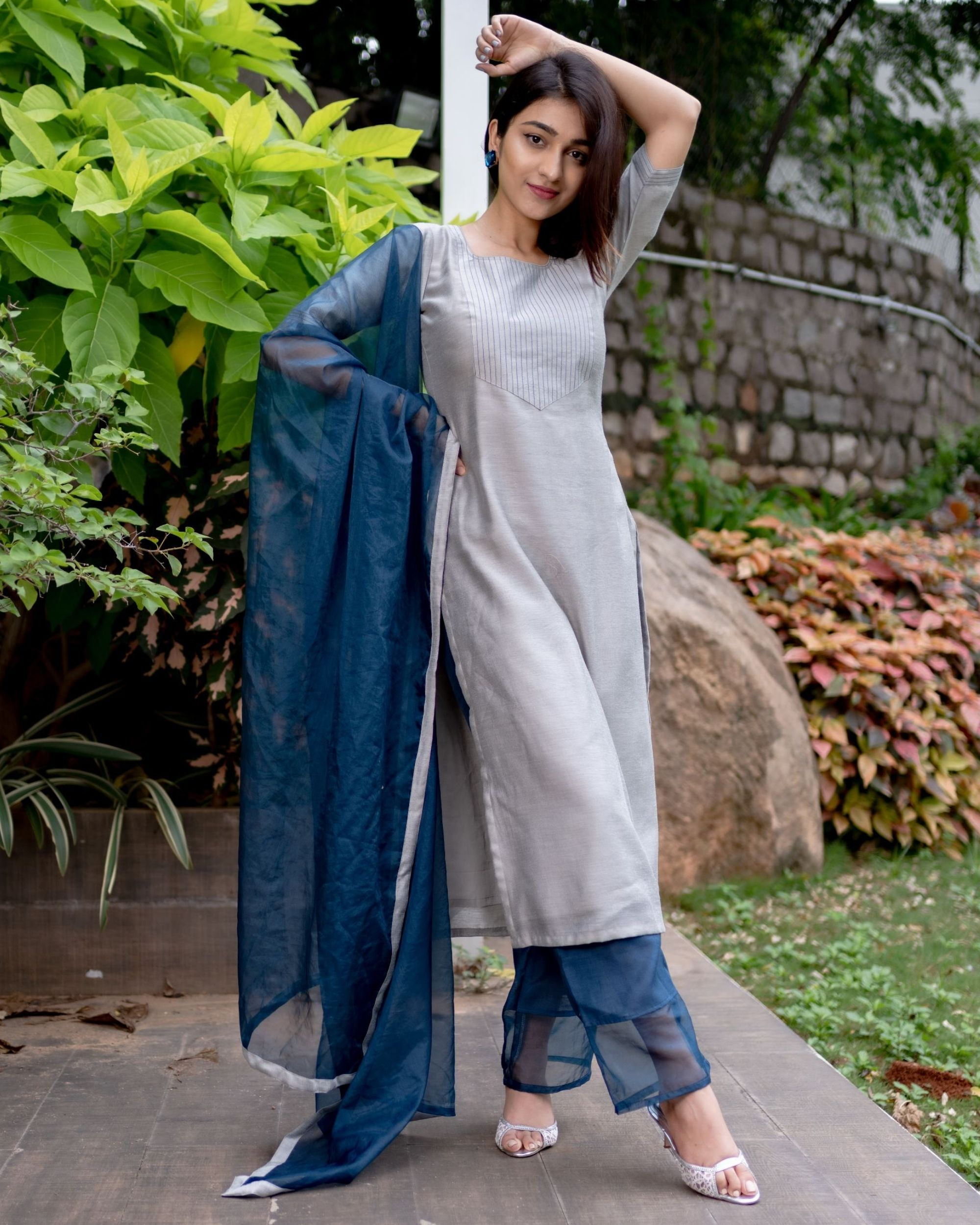 Grey chanderi kurta with prussian blue pants and organza dupatta - Set Of Three