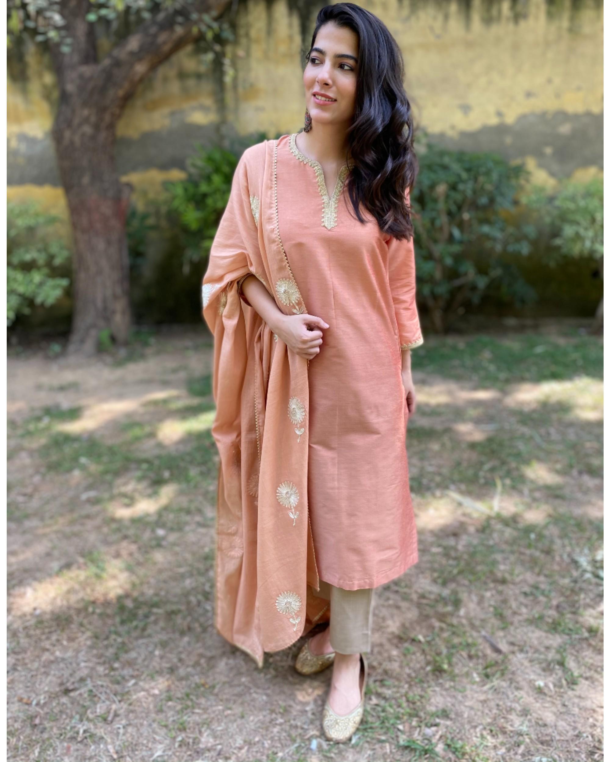 Earthy peach gota kurta and pants with gota dupatta - Set Of Three