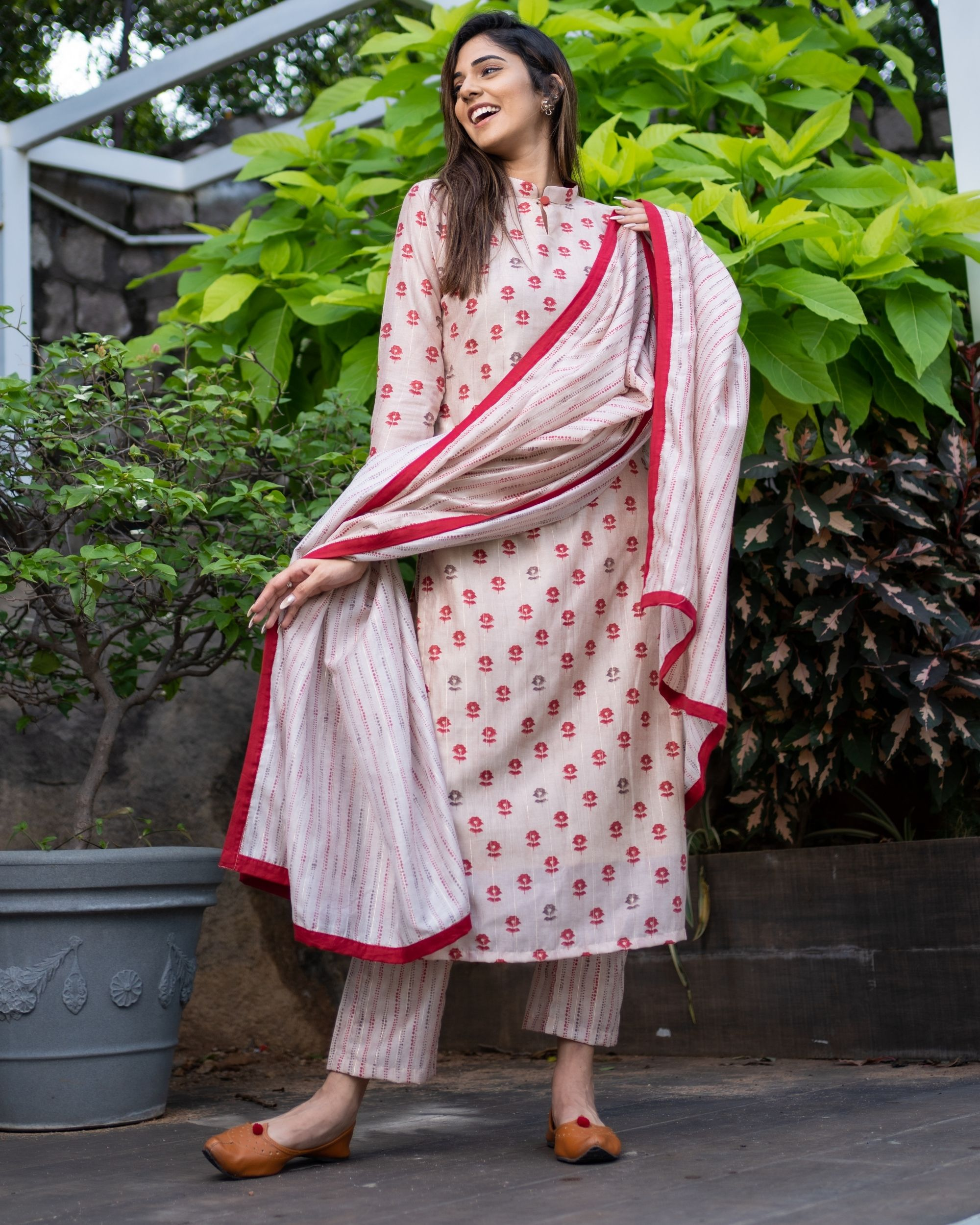 Beige and red floral kurta and striped pants with dupatta - Set Of Three