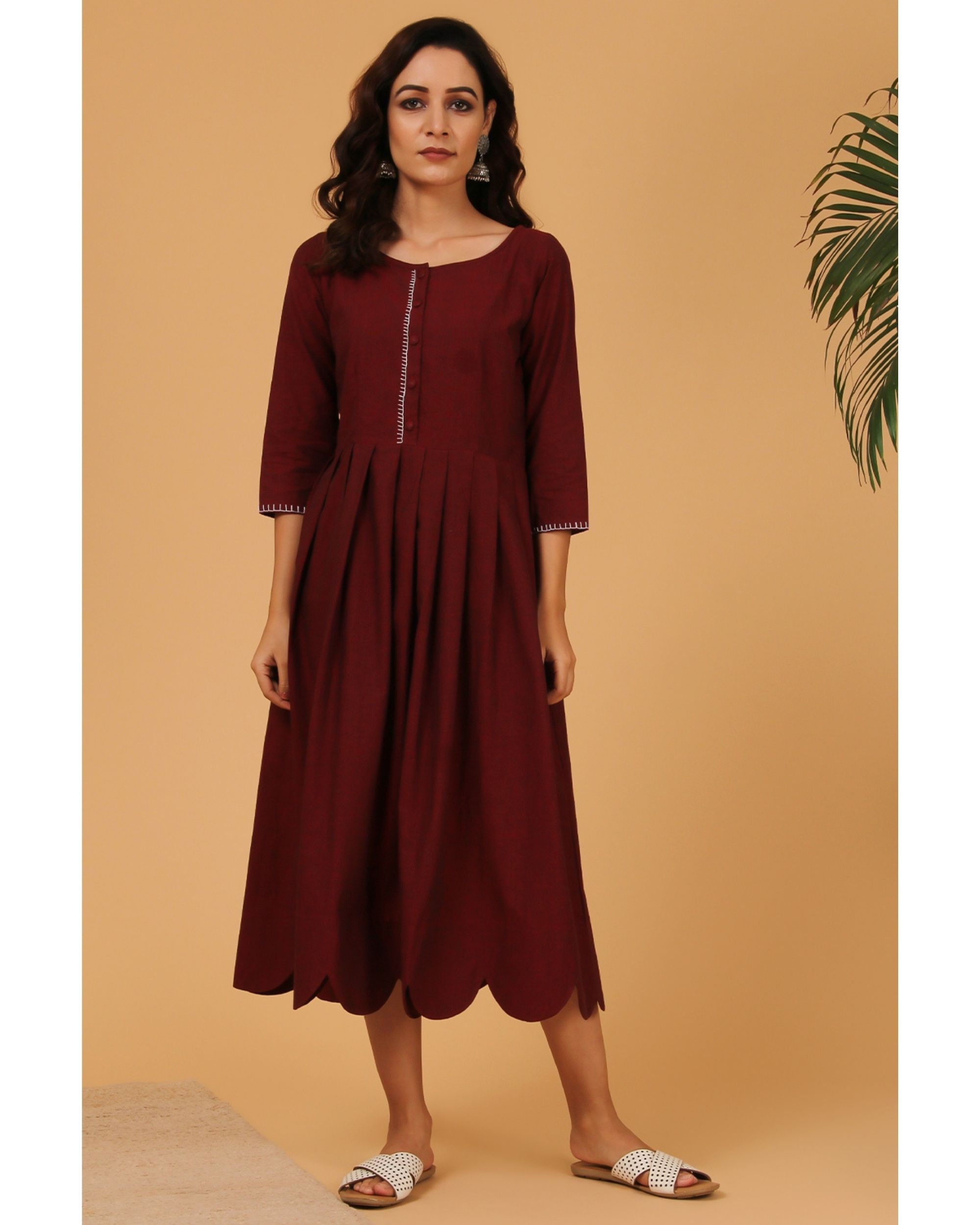 Maroon pleated scalloped dress