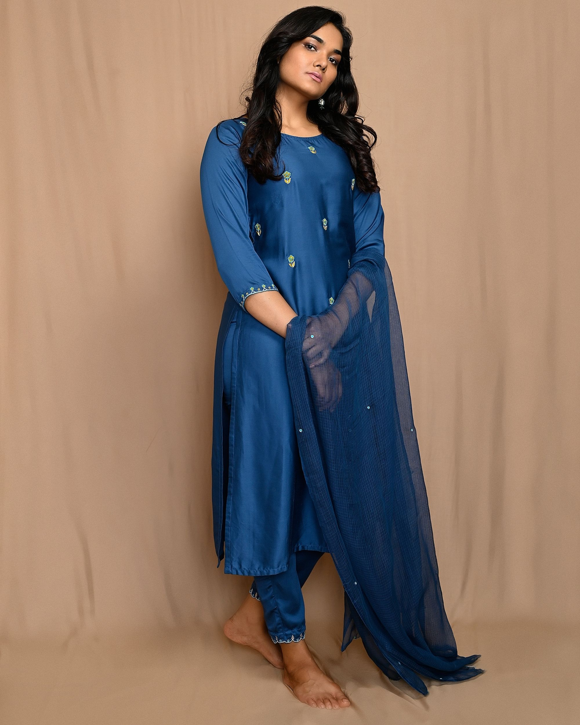 Blue embroidered kurta with straight pants and dupatta - Set Of Three