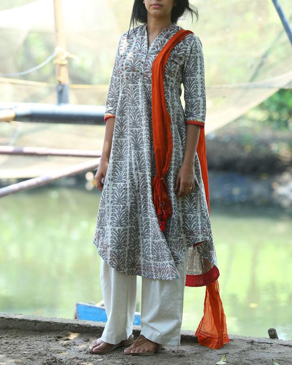 Dabu printed tunic with majenta facing