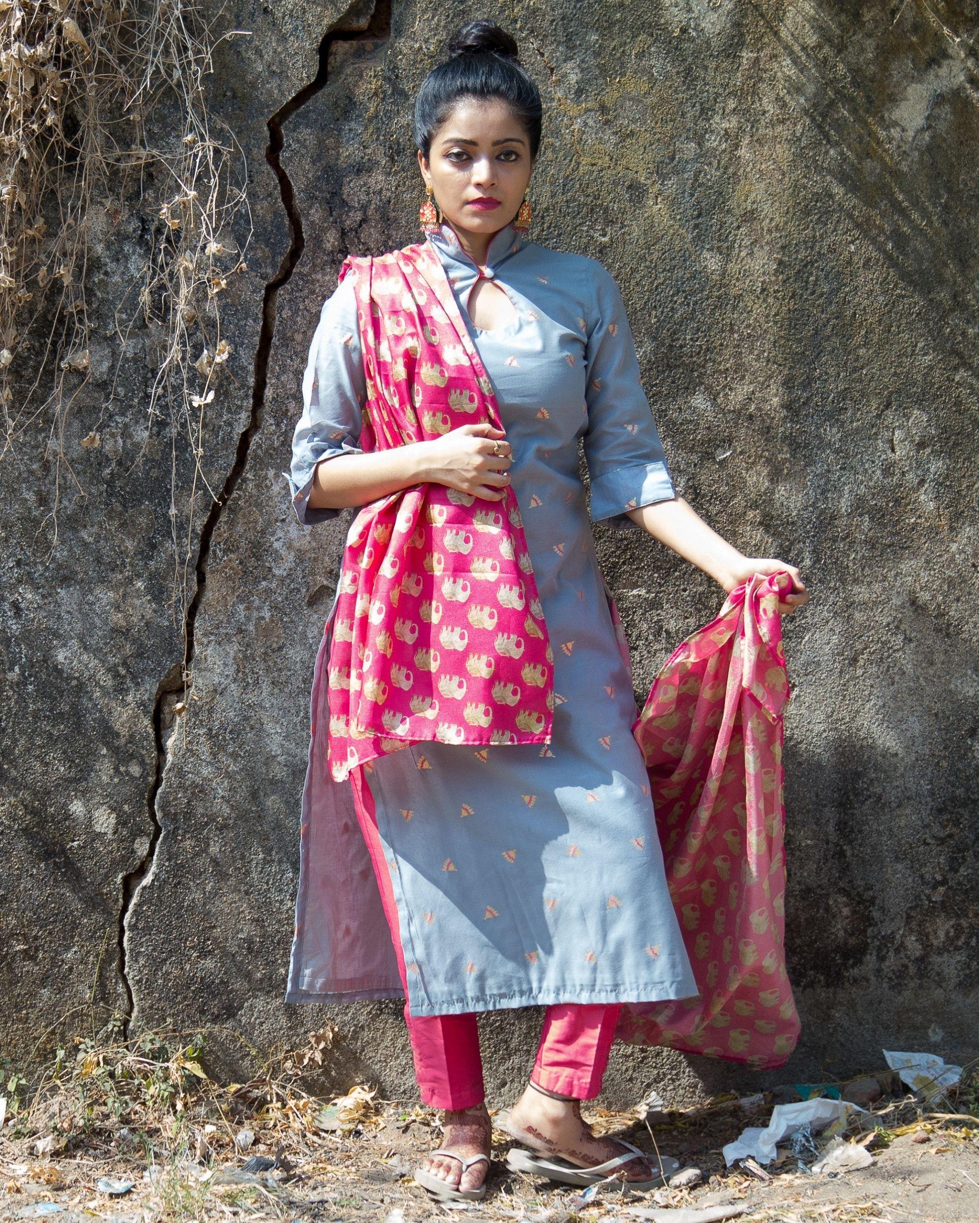 Grey boota chanderi kurta with rani pink pants and tussar dupatta - Set Of Three