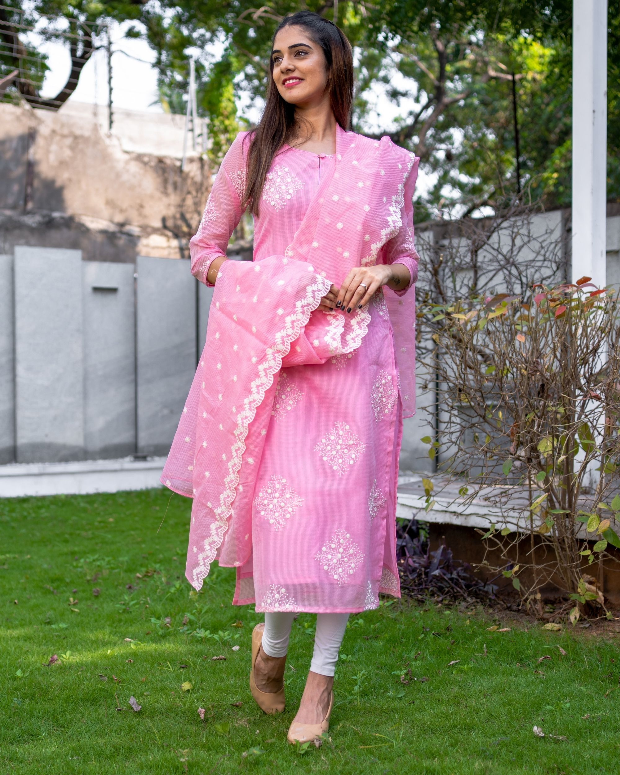 Rose pink embroidered kota kurta with dupatta - Set Of Two