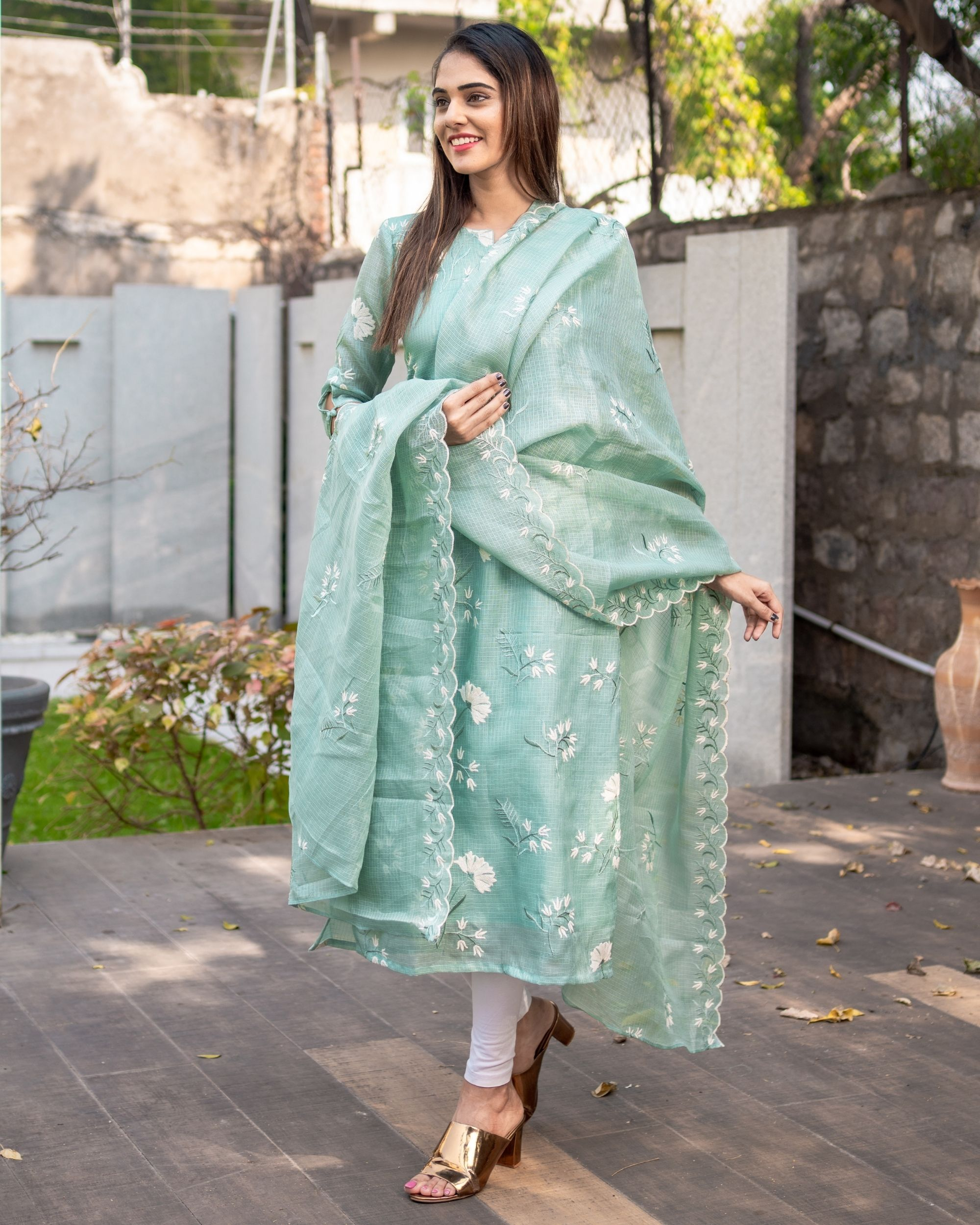Light teal blue floral embroidered kota kurta with dupatta - Set Of Two
