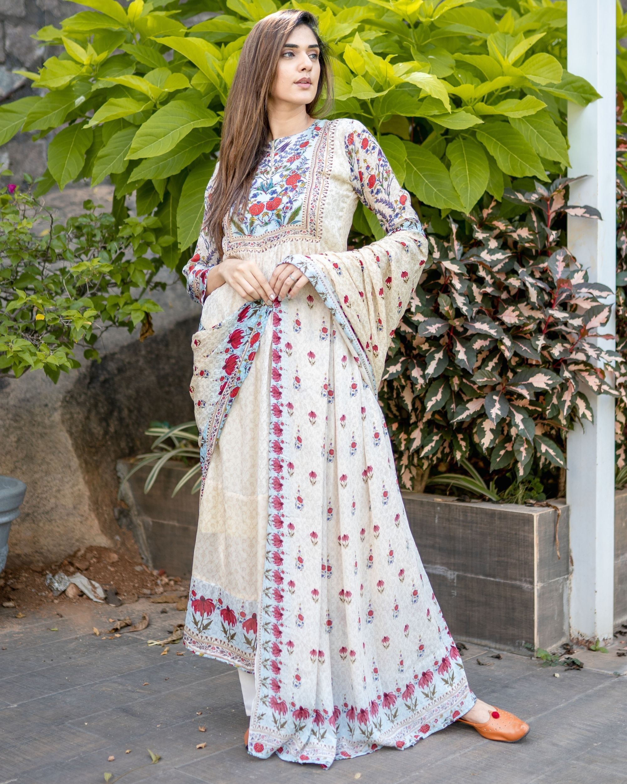 Beige floral printed yoke kurta and dupatta - Set Of Two