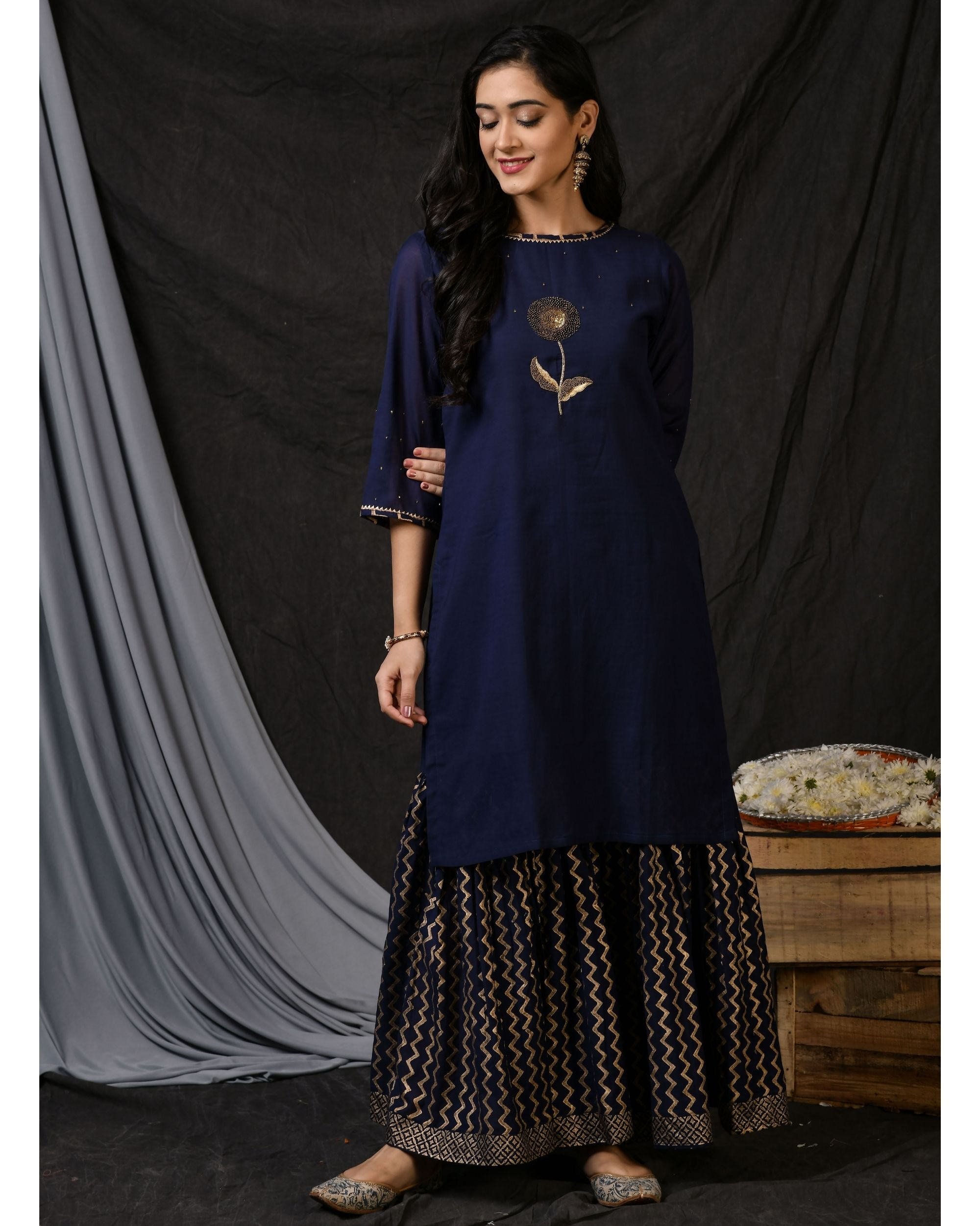 Blue floral embroidered sushi voile kurta