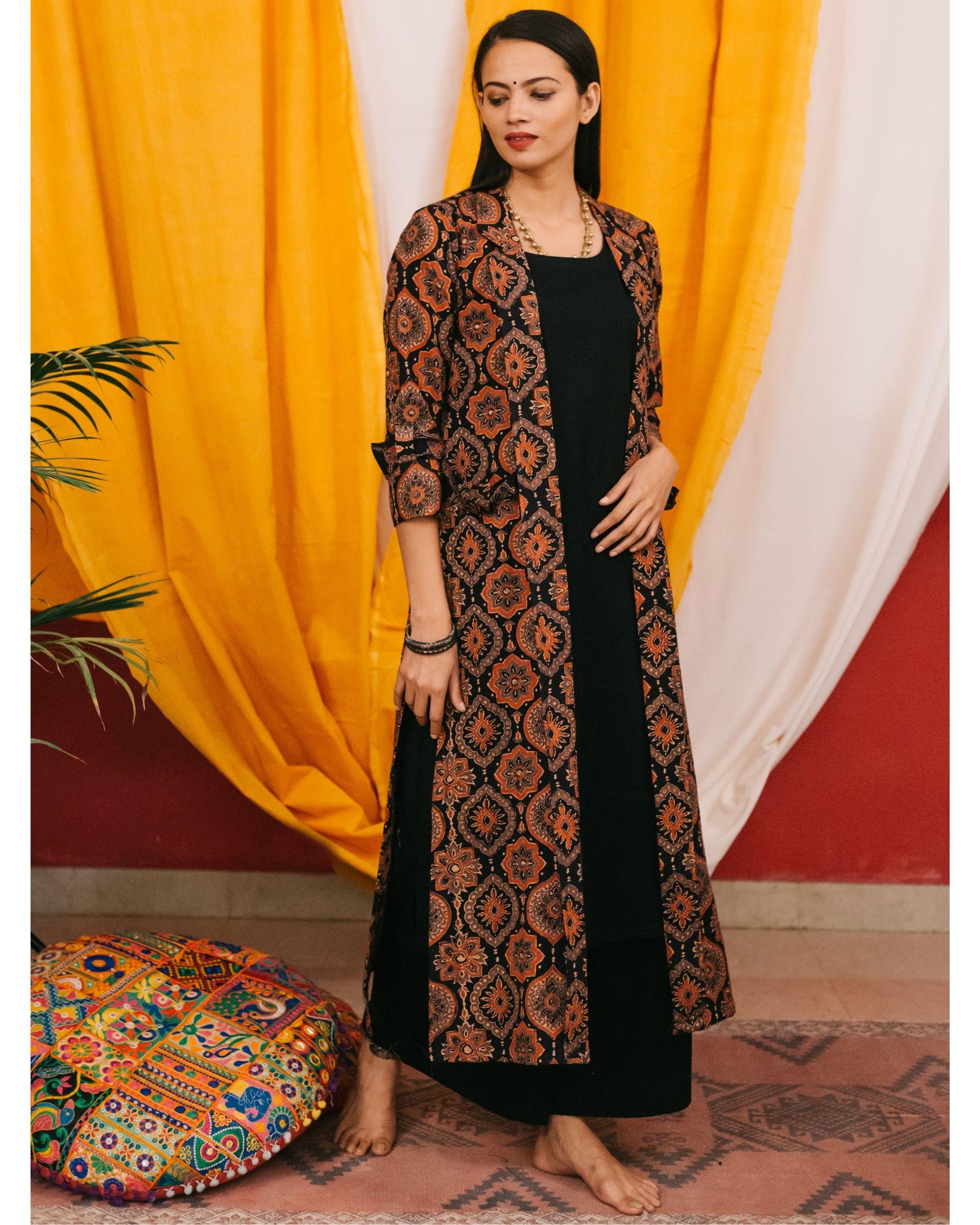 Black kurta set with ajrakh jacket - set of 3