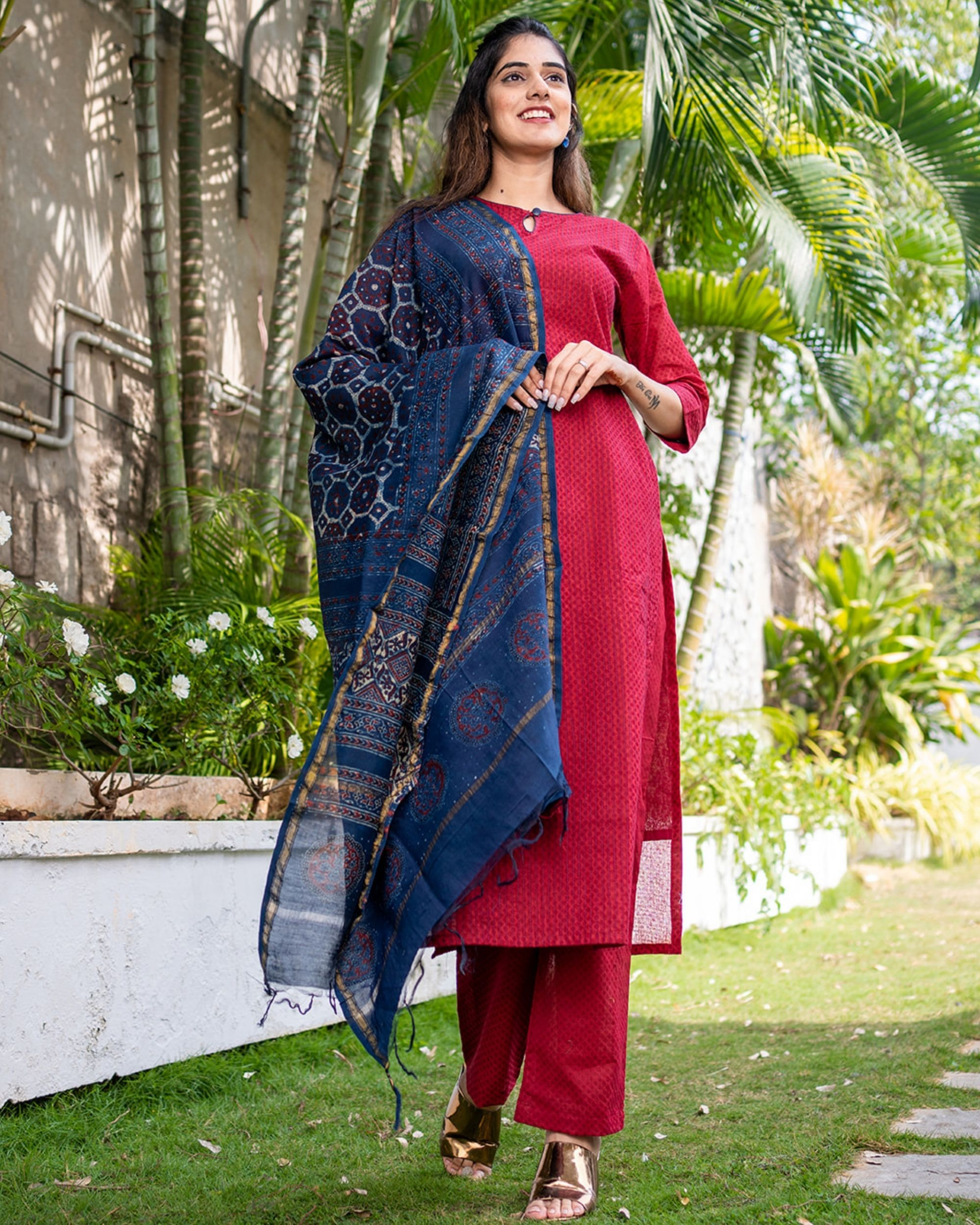 Red suit set with dupatta - set of three