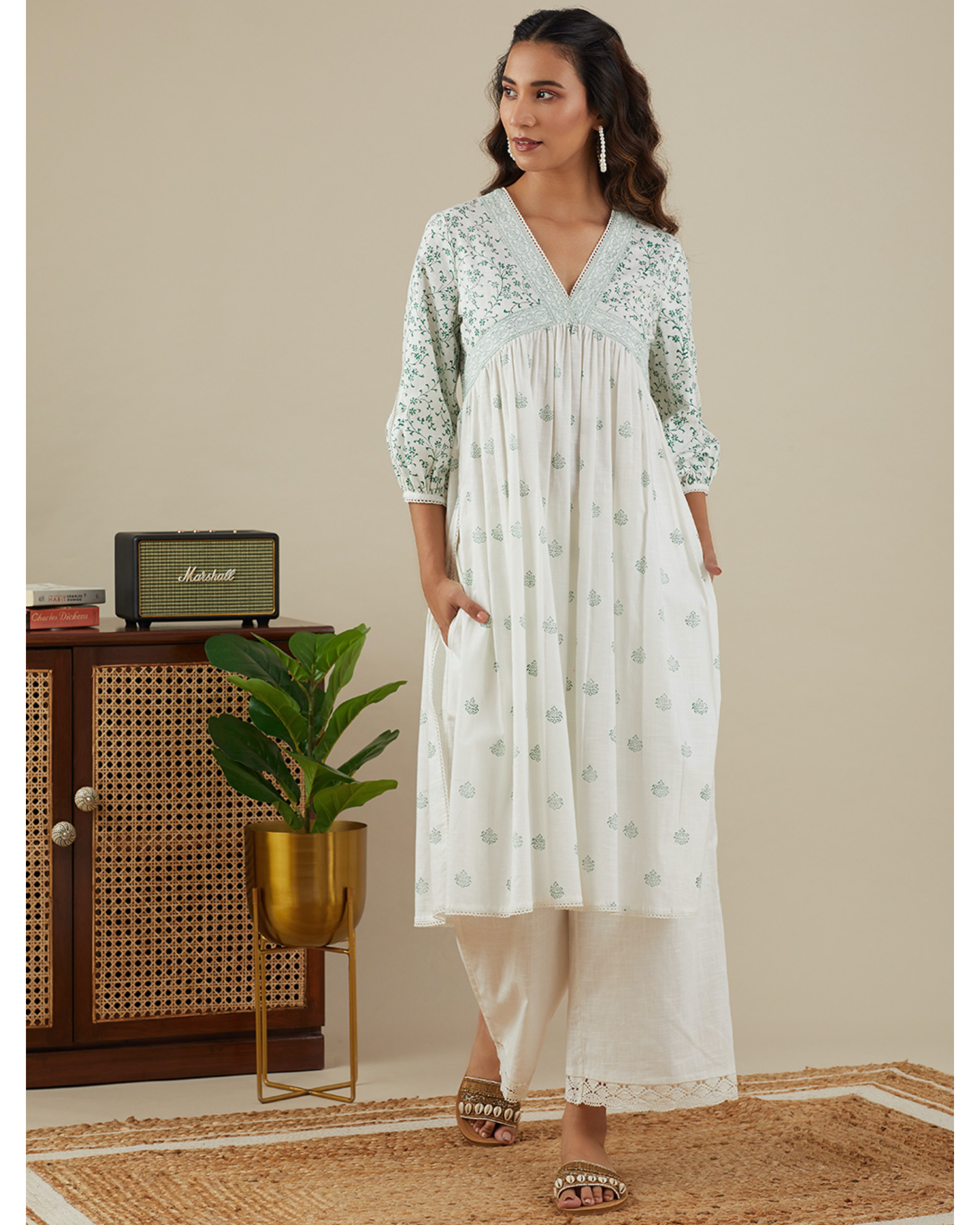 Leafy green v neck kurta with pants - set of two