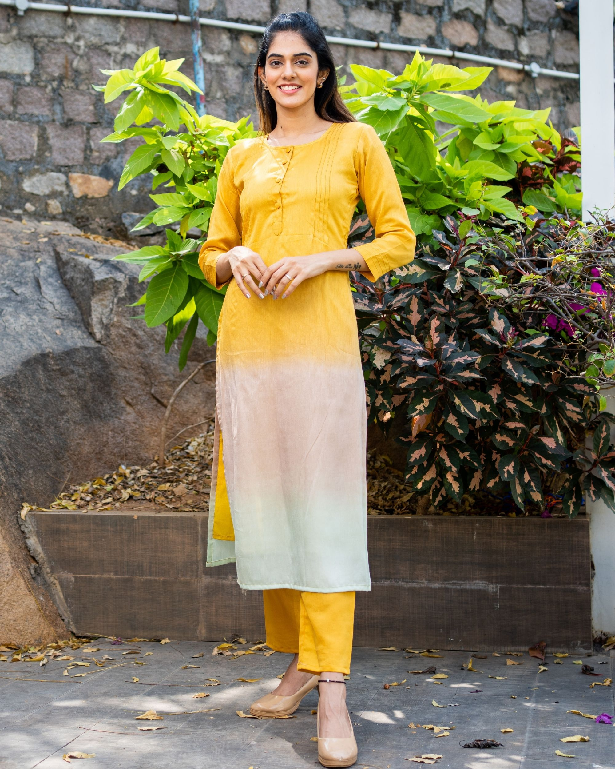 Ombre kurta set with pin tuck detailing - set of two