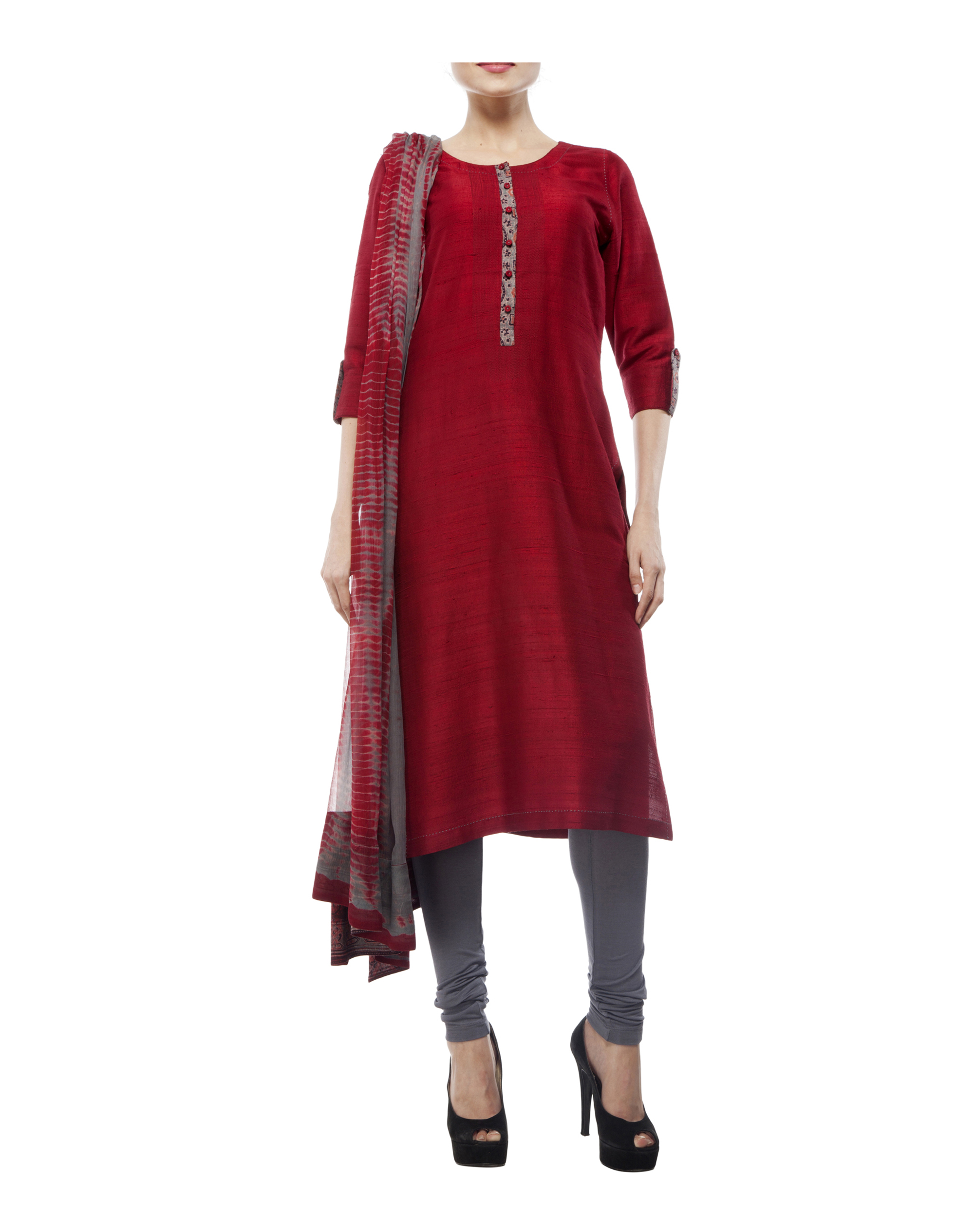 Kurta with front ajrakh print placket, comes with legging             tie & dye chiffon dupatta