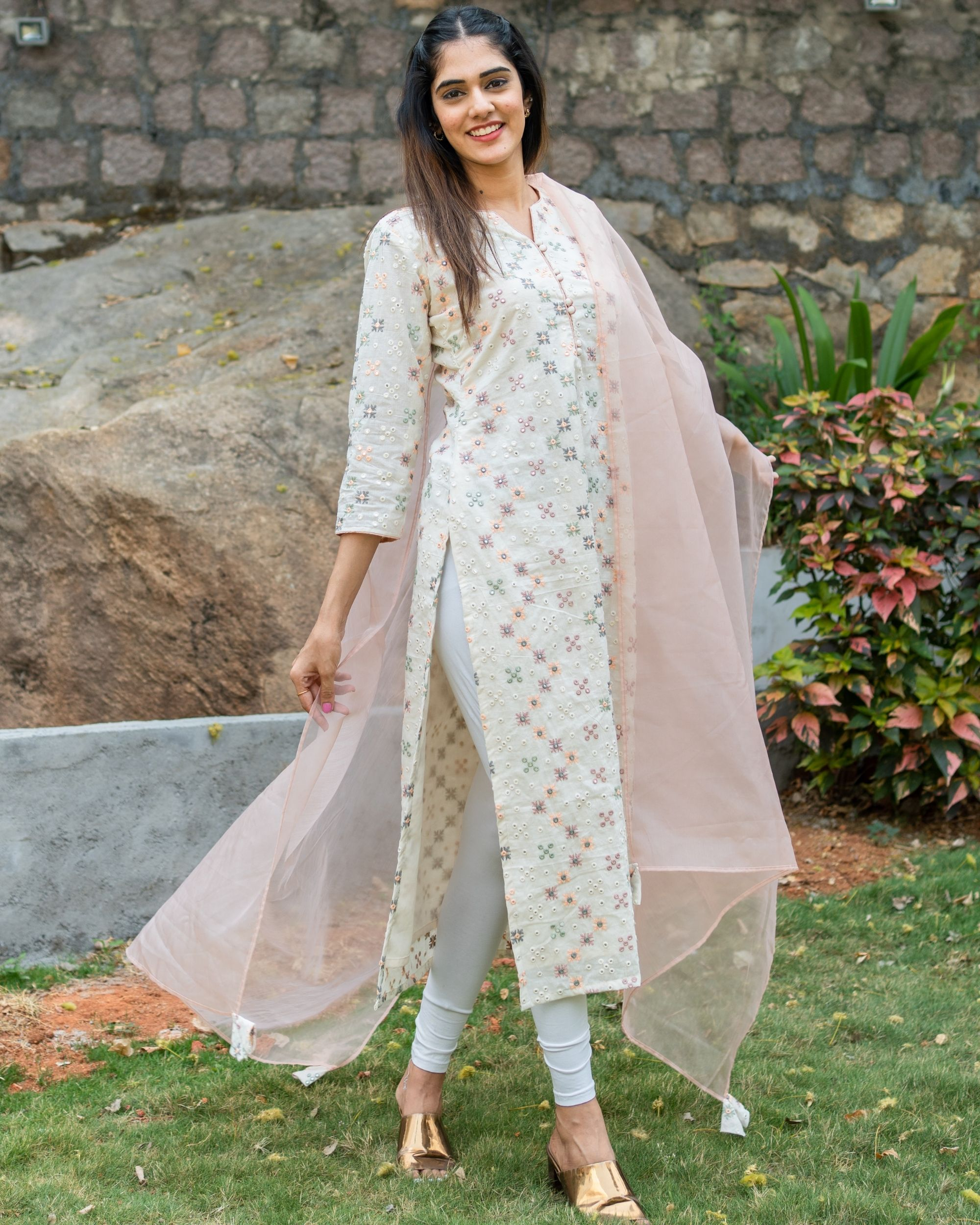 Off white embroidered kurta with pastel peach organza dupatta - set of two