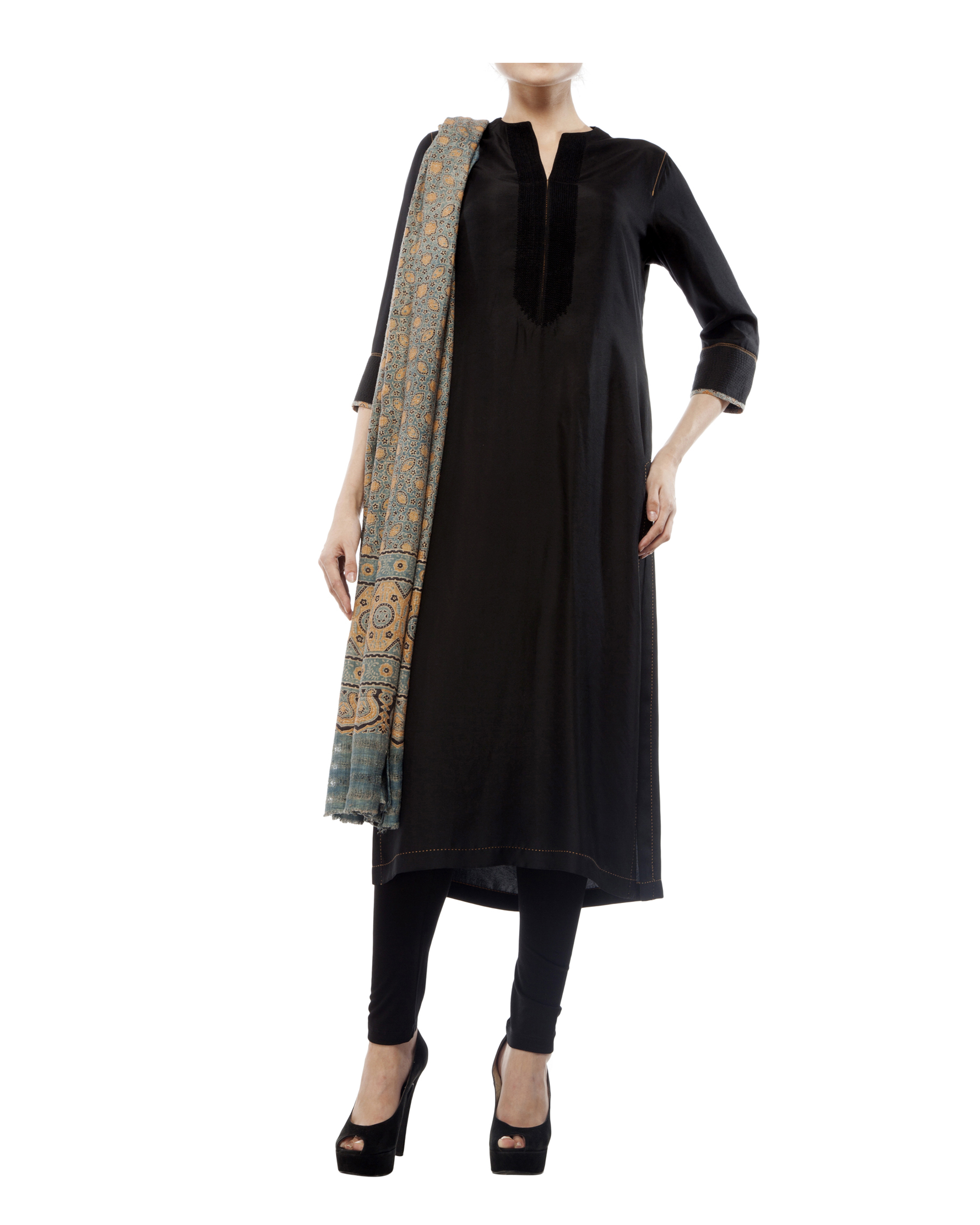 Embroidered yoke kurta, comes with a legging and ajrakh dupatta