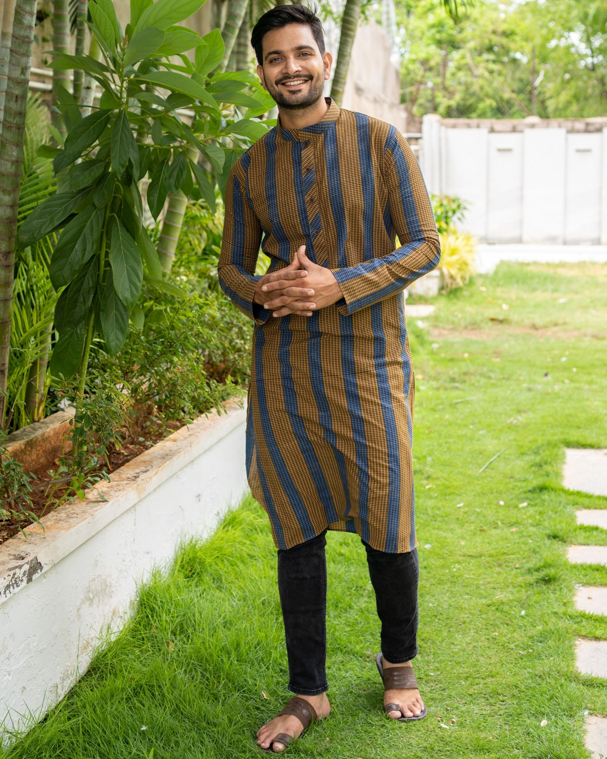 Brown and blue striped kurta with black pants - set of two