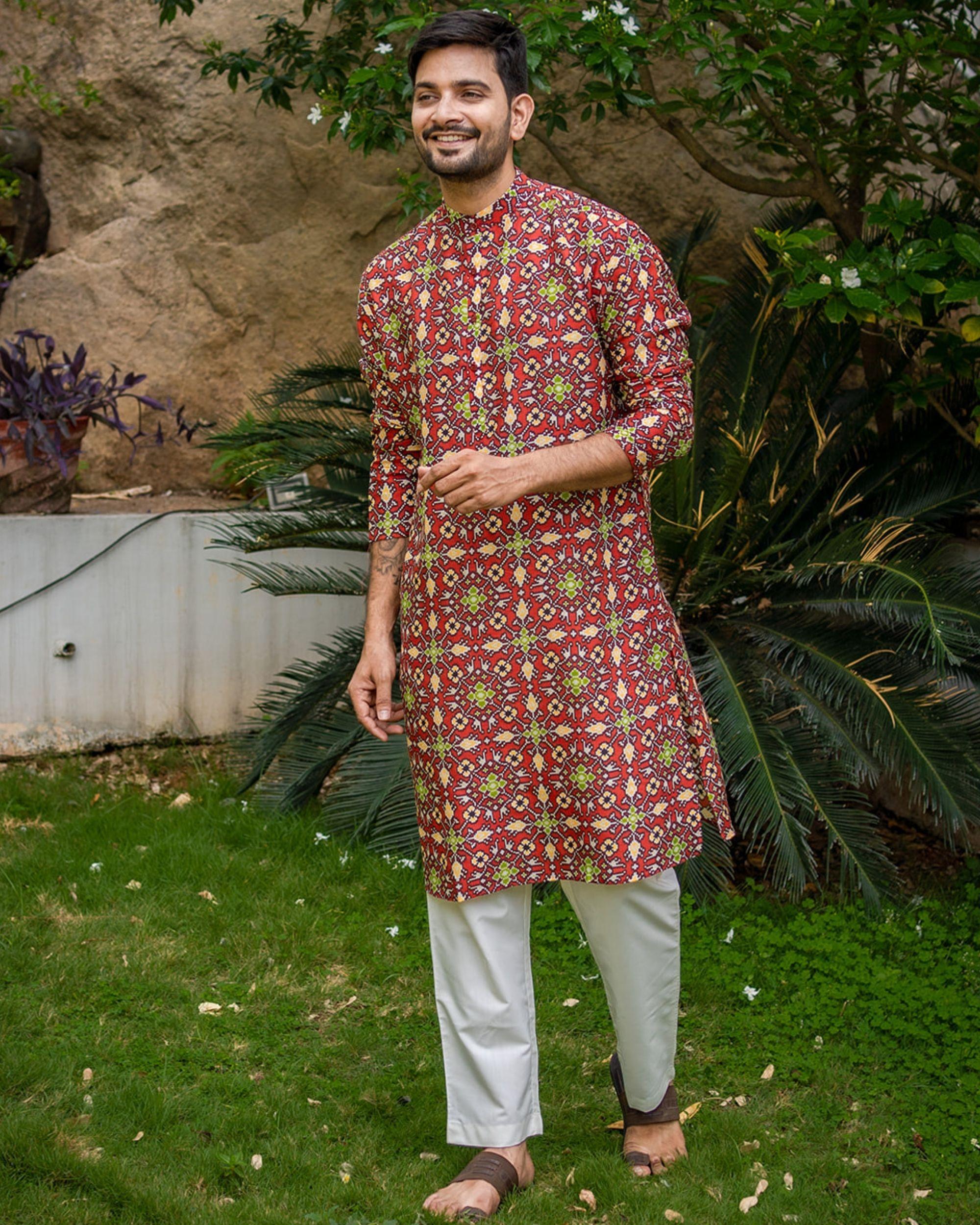 Red patola printed kurta with white pyjama - set of 2