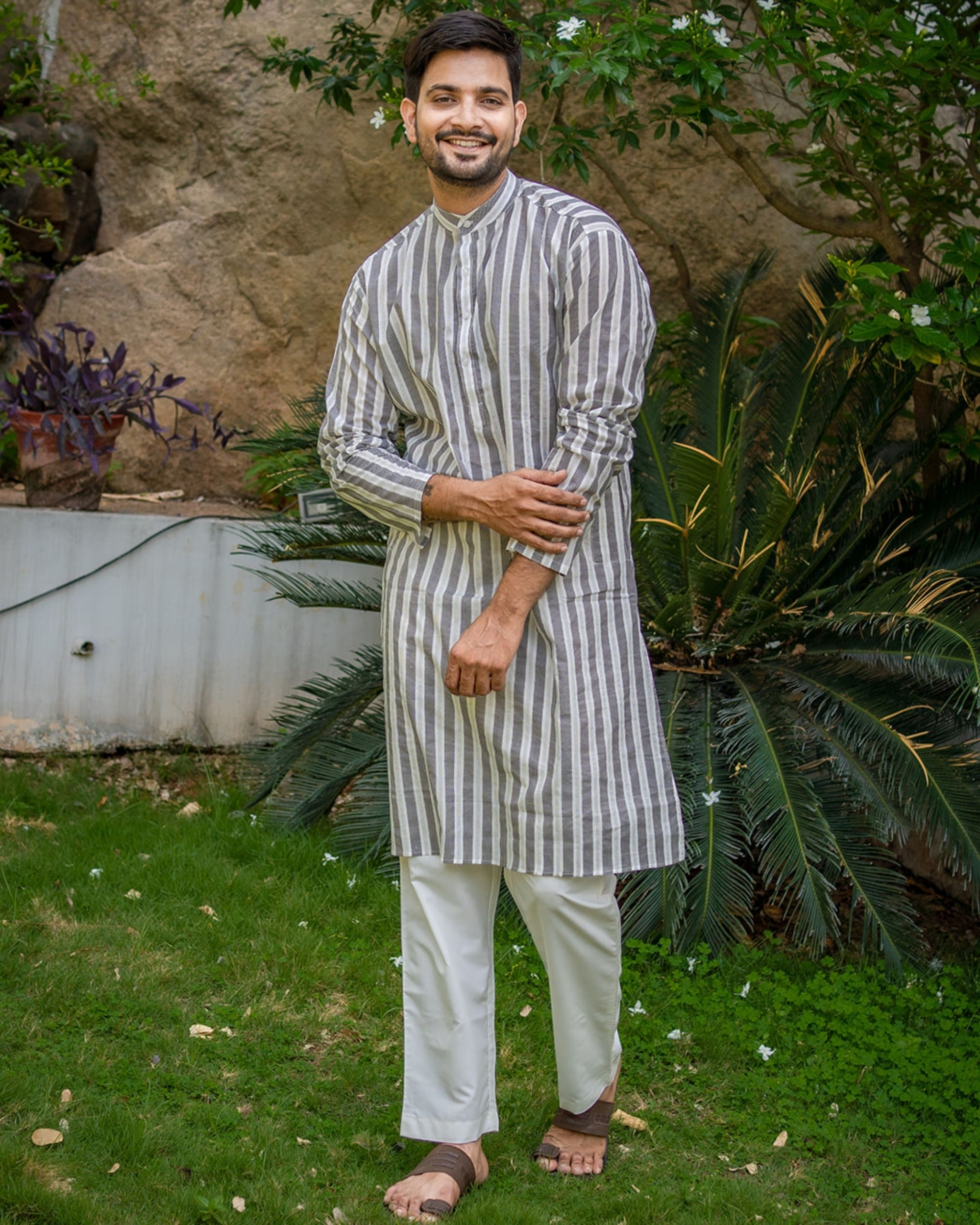 Grey and white striped printed kurta with white pyjama - set of 2