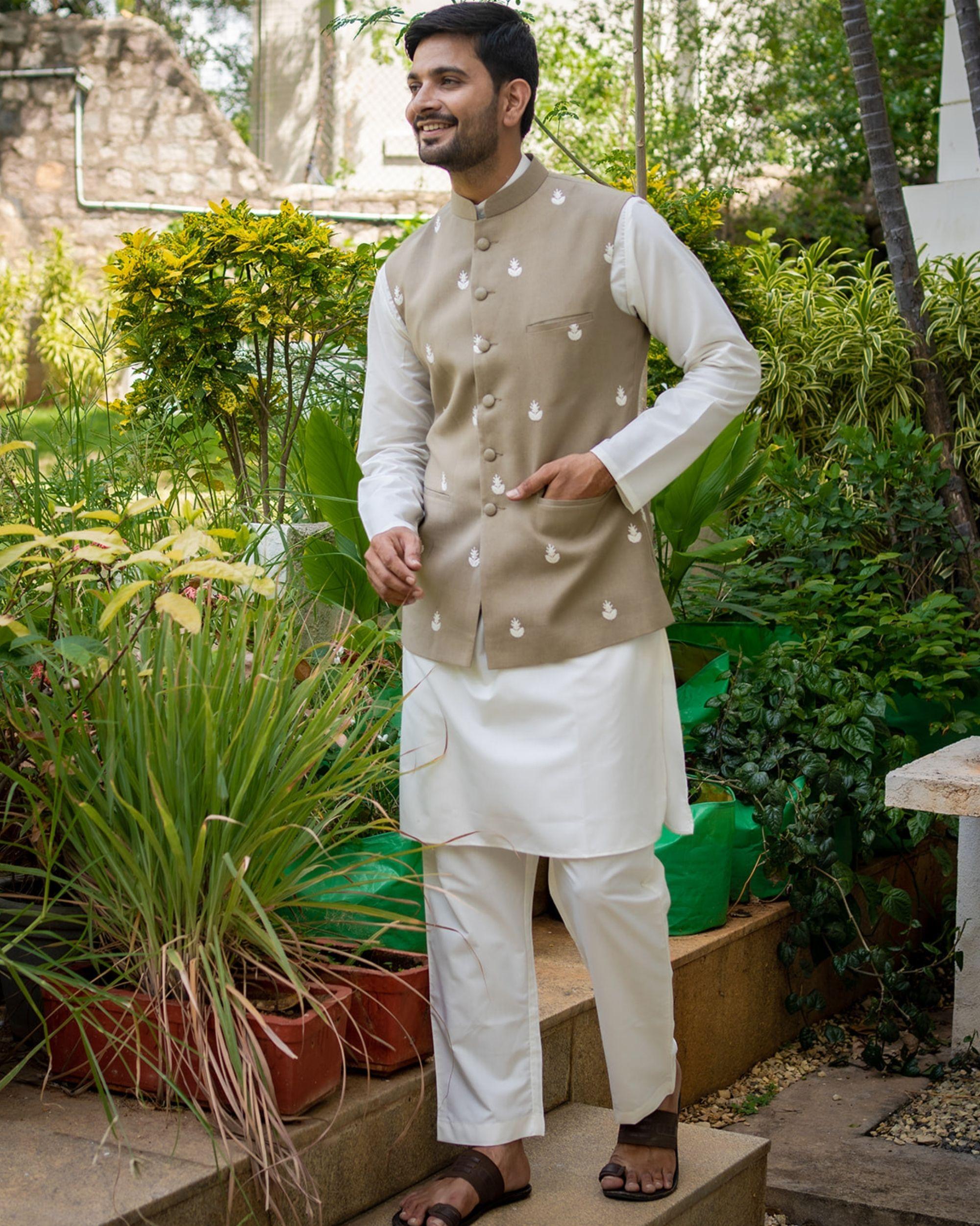 Grey embroidered nehru jacket with off white kurta and pyjama - set of 3
