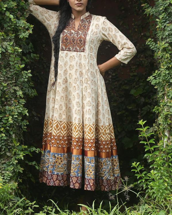 Off white block printed anarkali kurti
