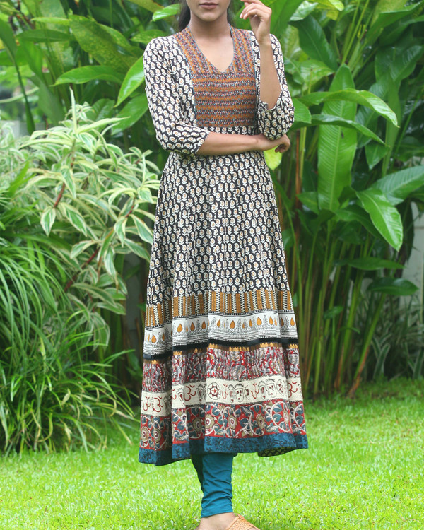 Broad border anarkali kurti