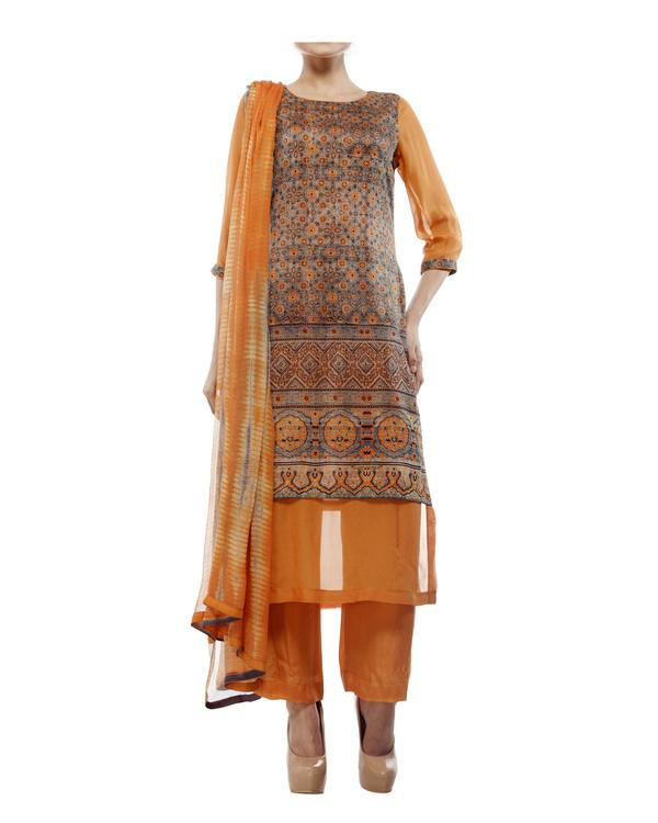 Ajrakh print round neck  kurta with chiffon layer, comes with a palazzo  tie & dye dupatta