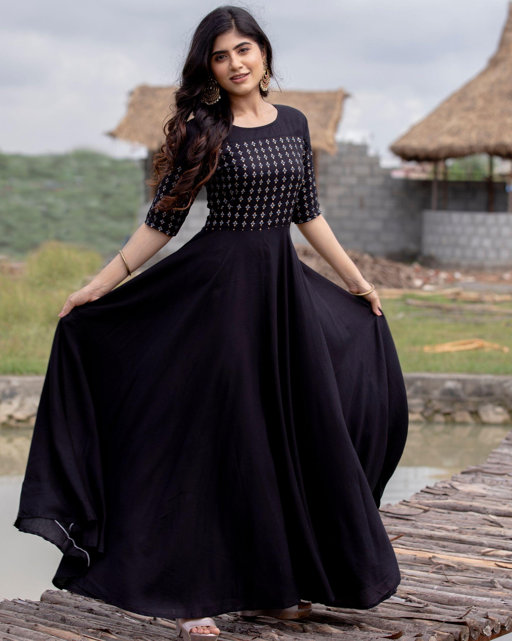 Black flared yoke printed dress