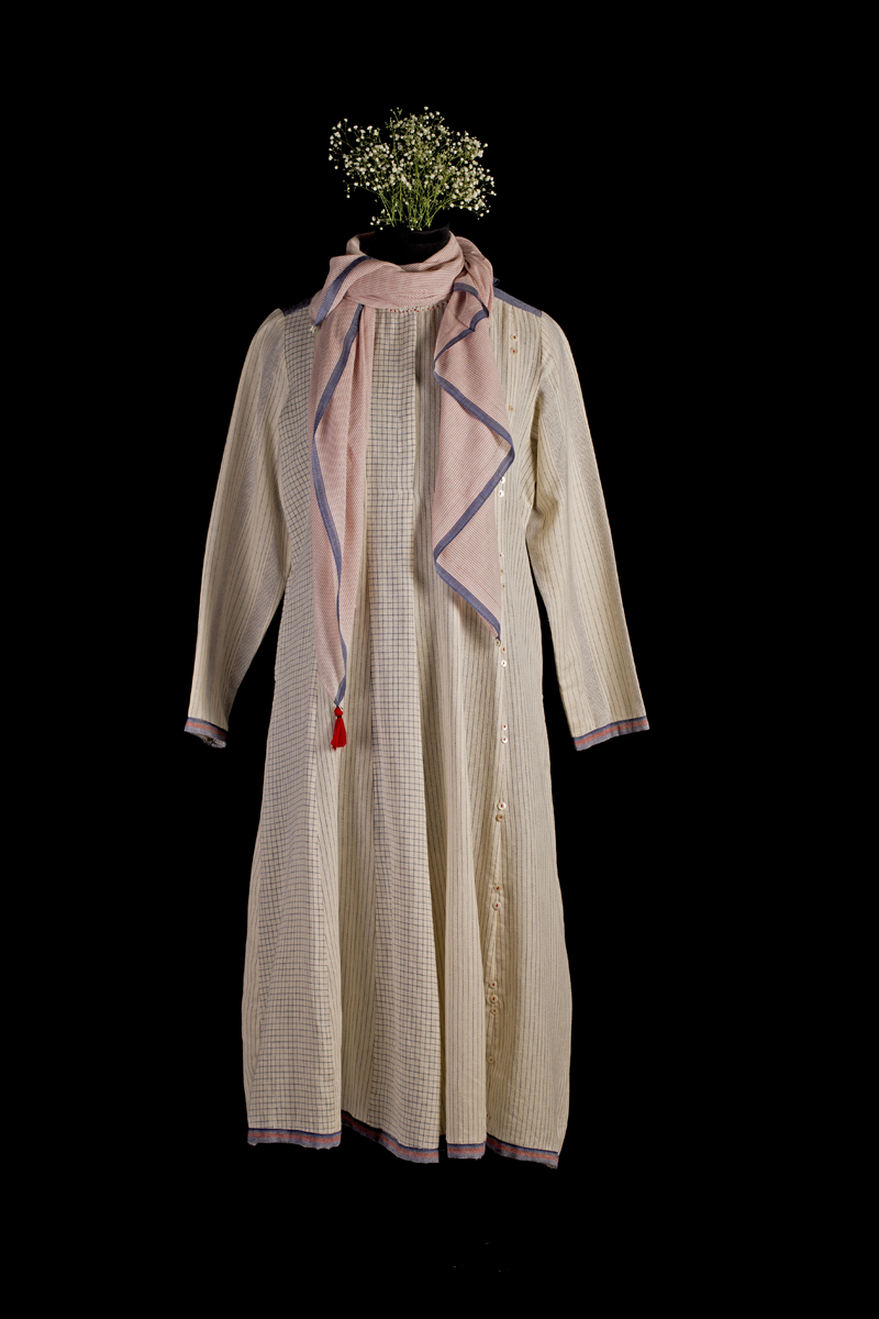 Ecru paneled dress with scarf