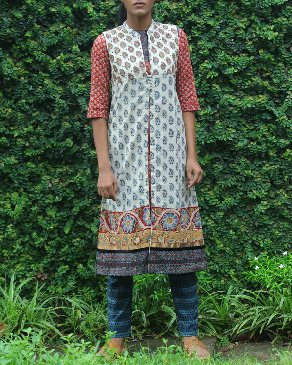 Rust kurti with printed overcoat