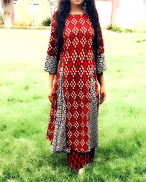 Red and black kurta set