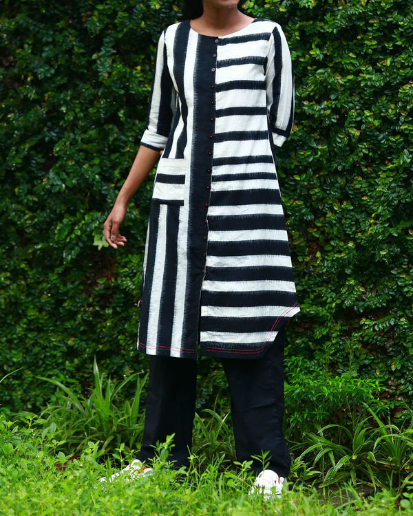 Black and white striped ikat kurta