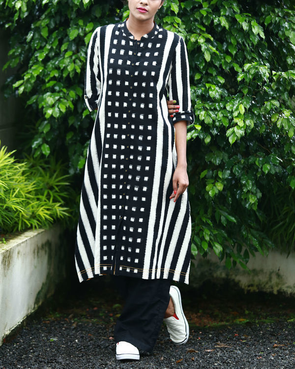 Black and white ikat kurta