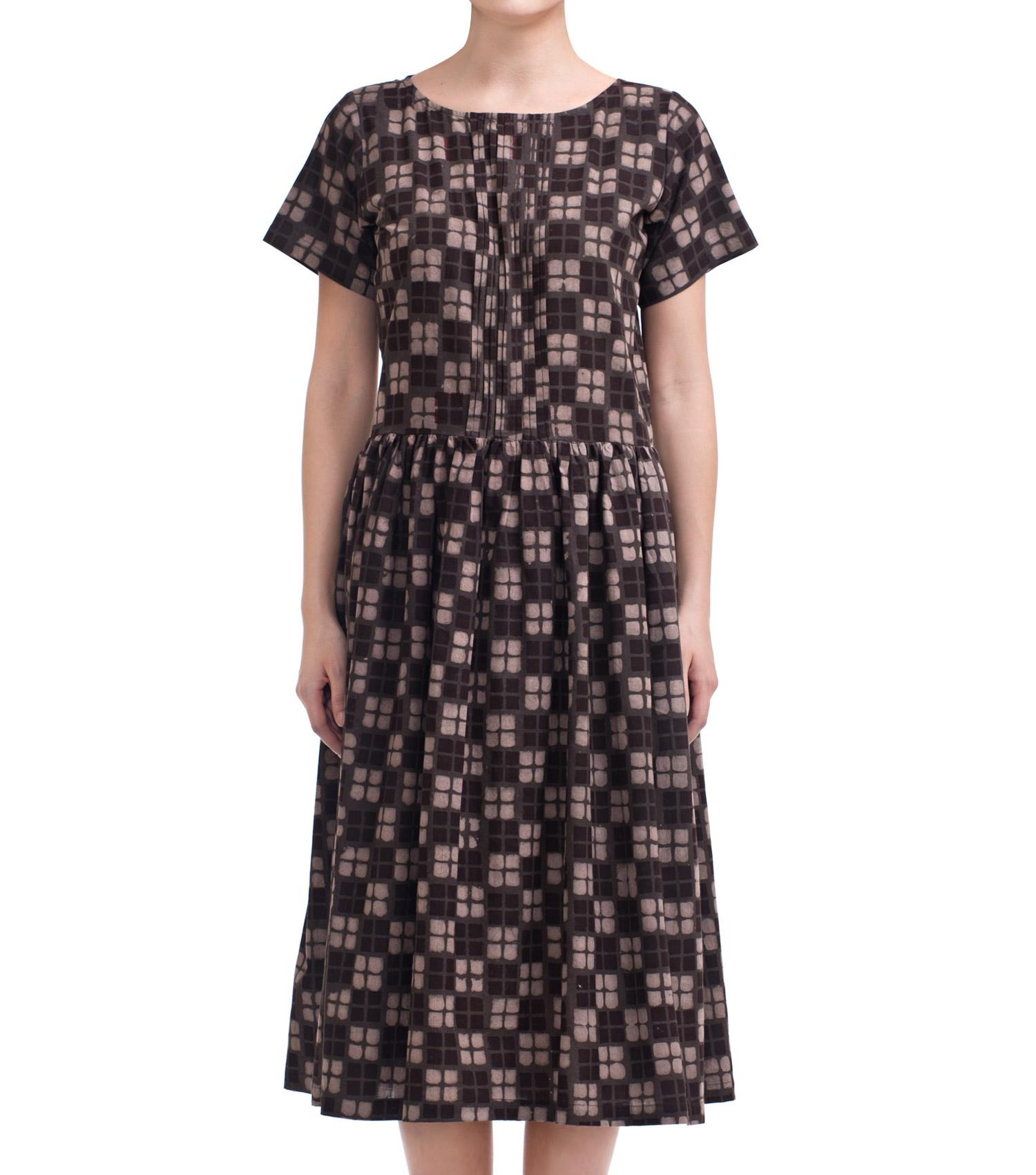 Tesselated brown dress