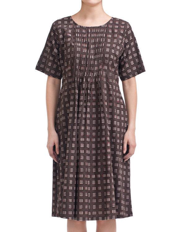 Charcoal tic-tac dress