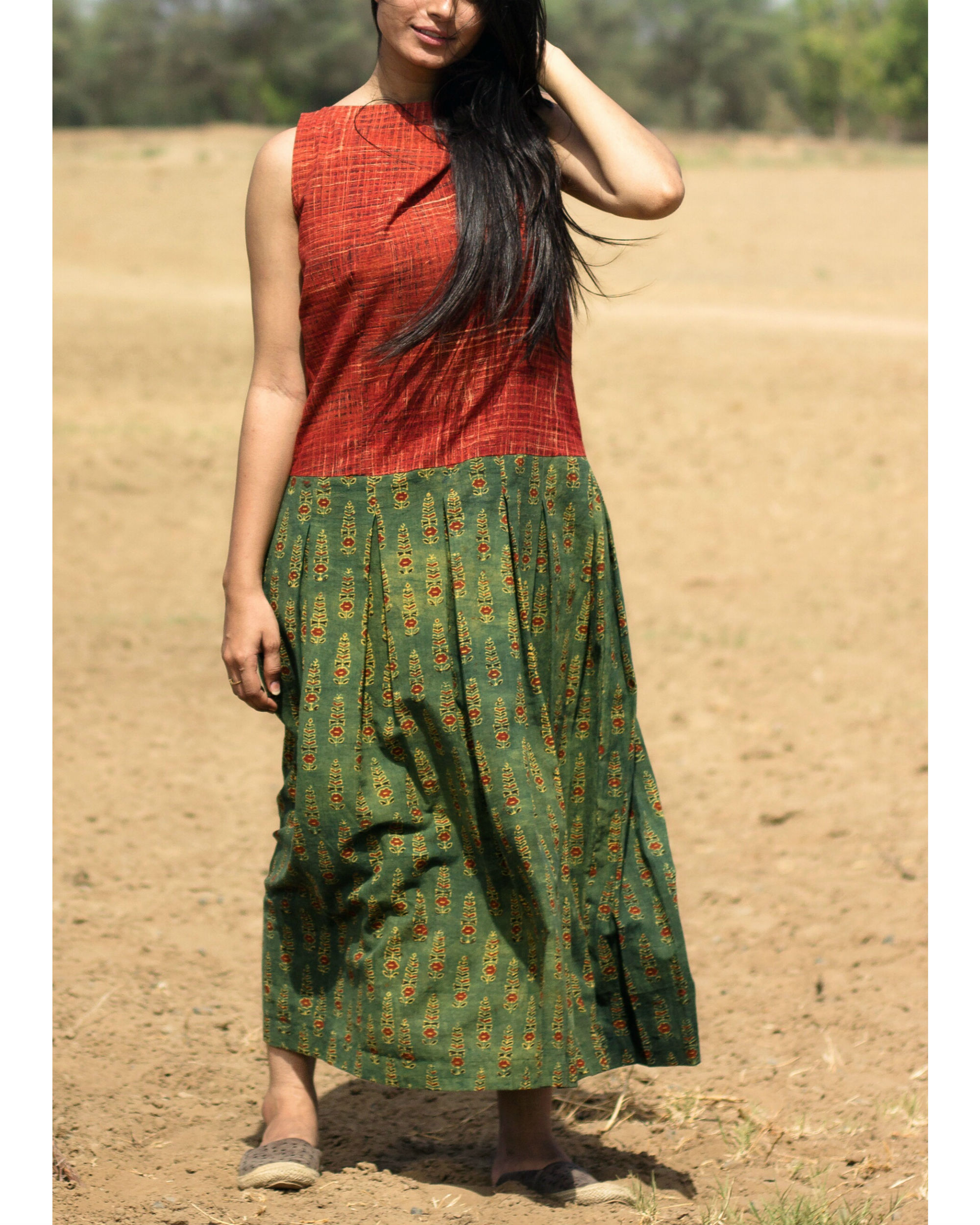 Red and green plated maxi