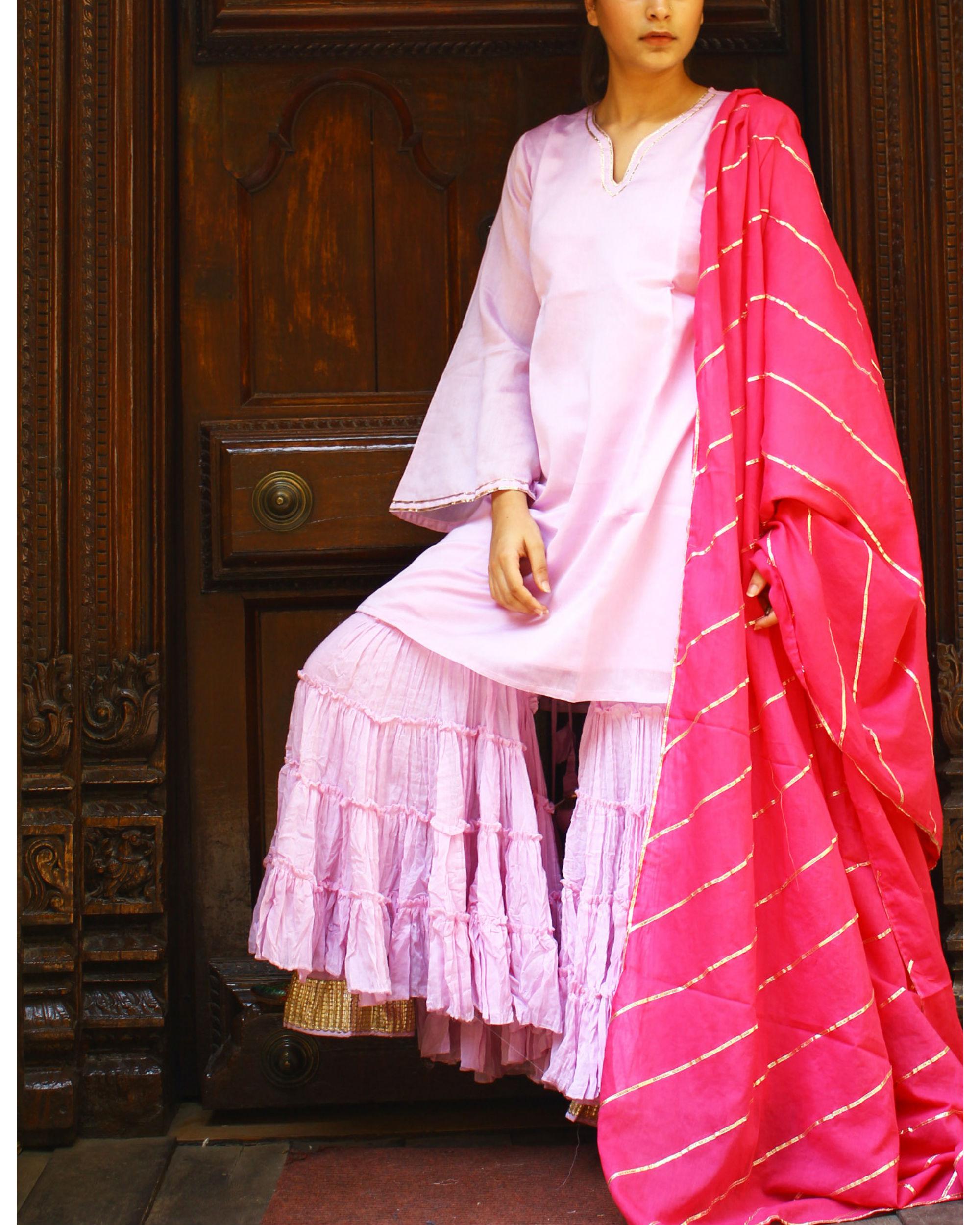 Pink dupatta with gota detailing