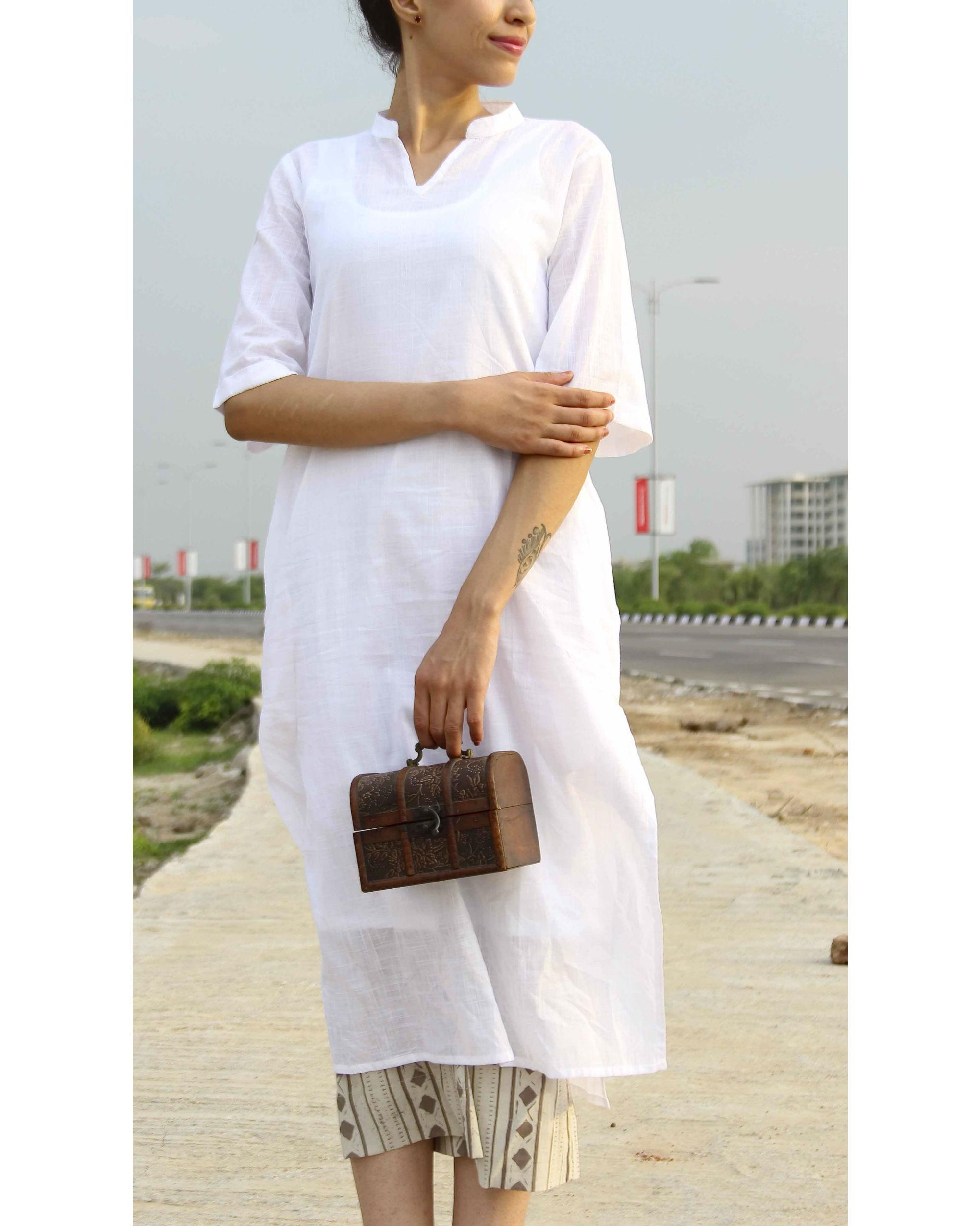 Classic white kurta with slip