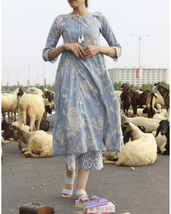 Blue princess floral kurta