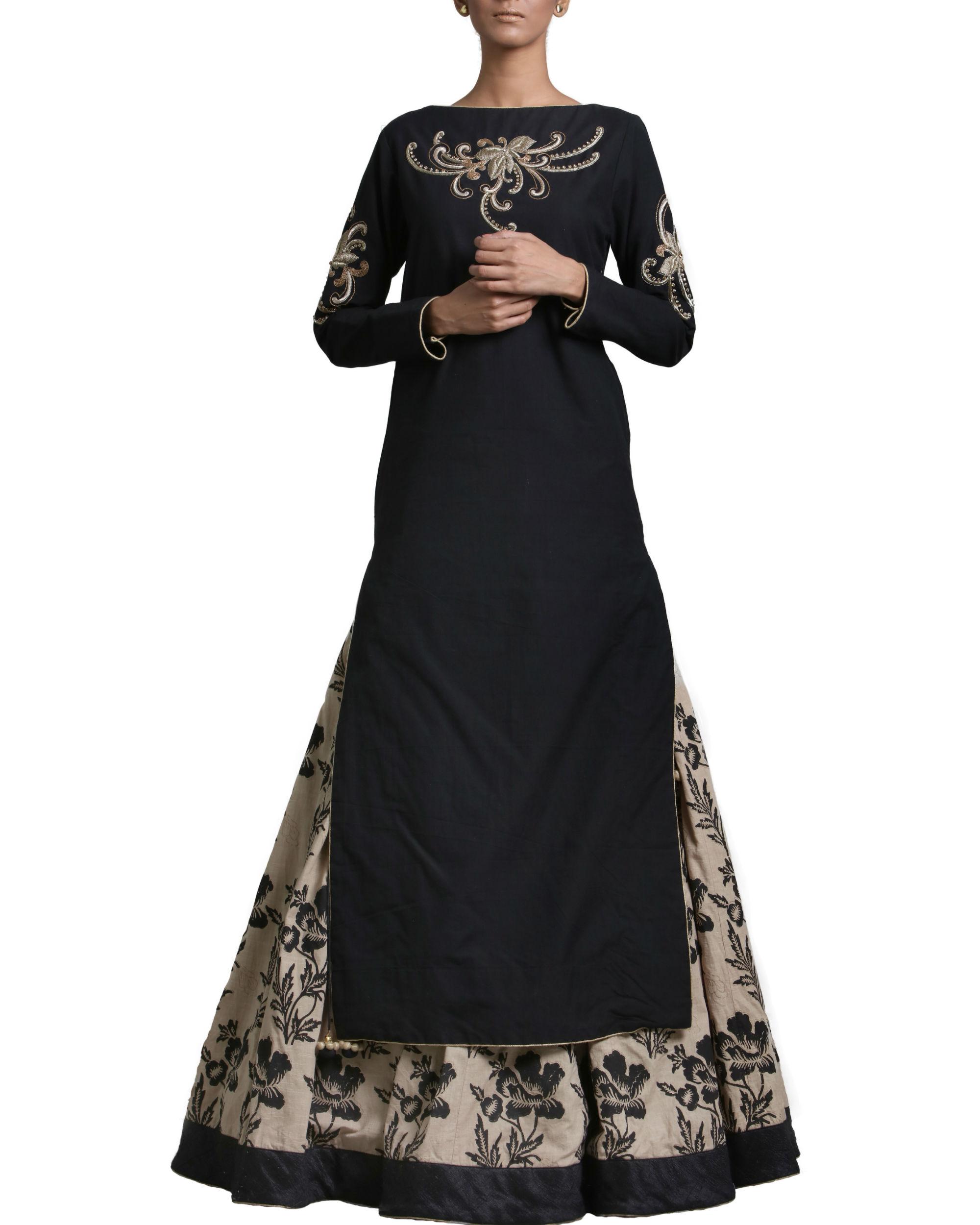 Set of black kurta skirt with dupatta