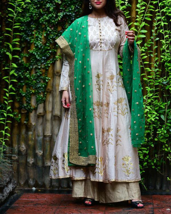 Ivory mughal anarkali set